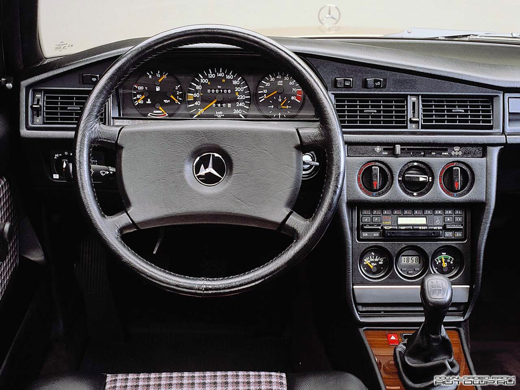 Mercedes-Benz C-Class W201 photo 61240