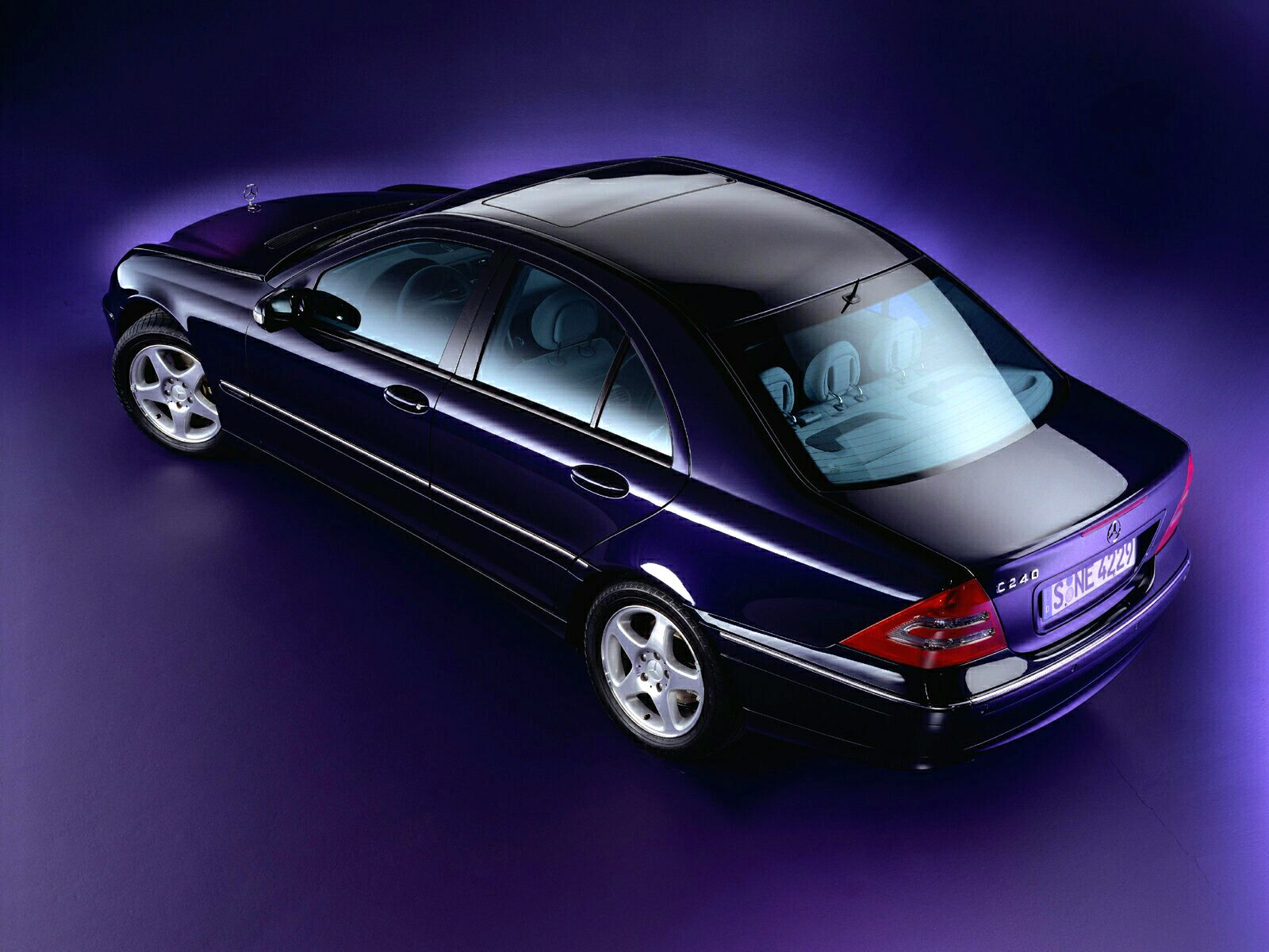 Mercedes-Benz C-Class W203 photo 10906