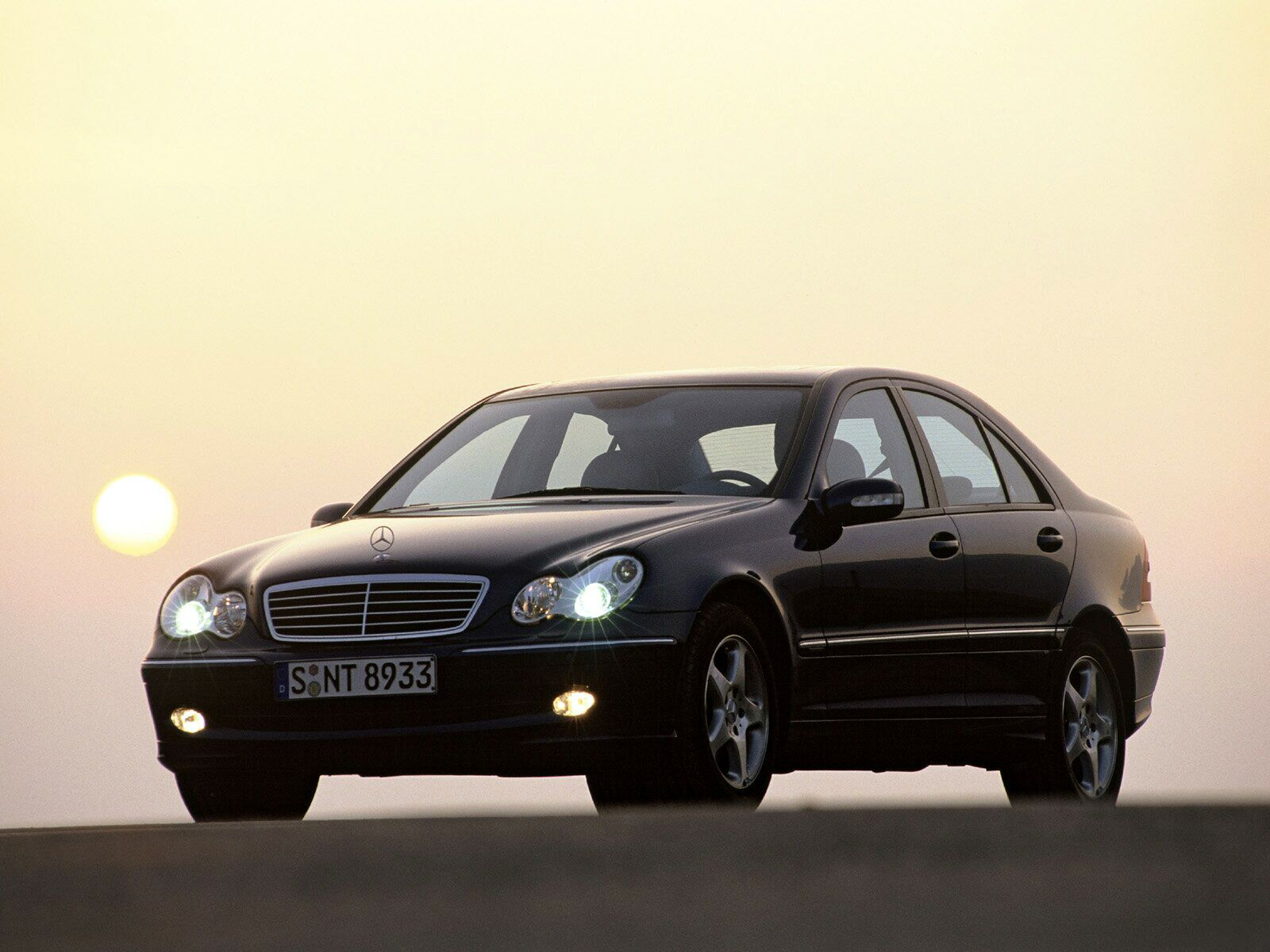 Mercedes-Benz C-Class W203 photo 10936