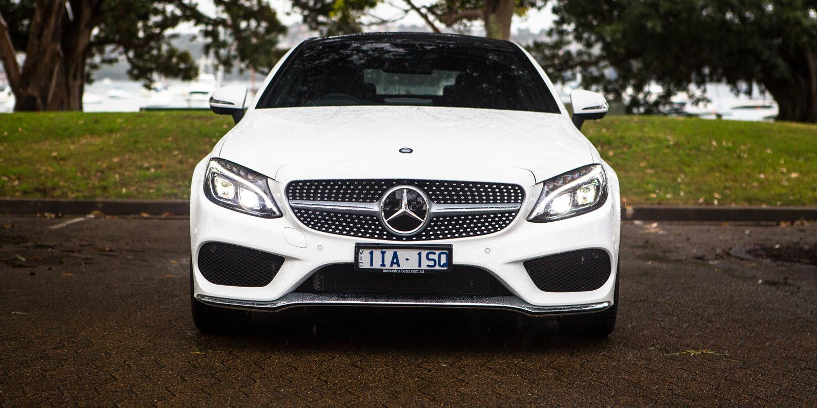 Mercedes-Benz C300 Coupe photo 165224