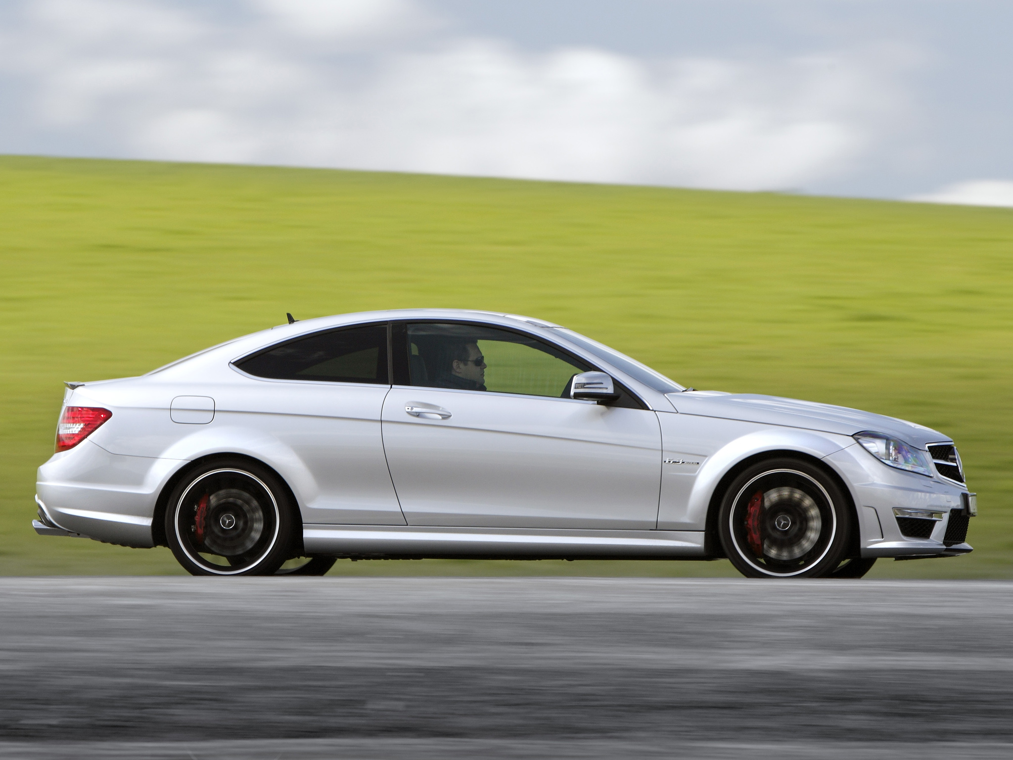 Mercedes-Benz C63 AMG Coupe photo 96456