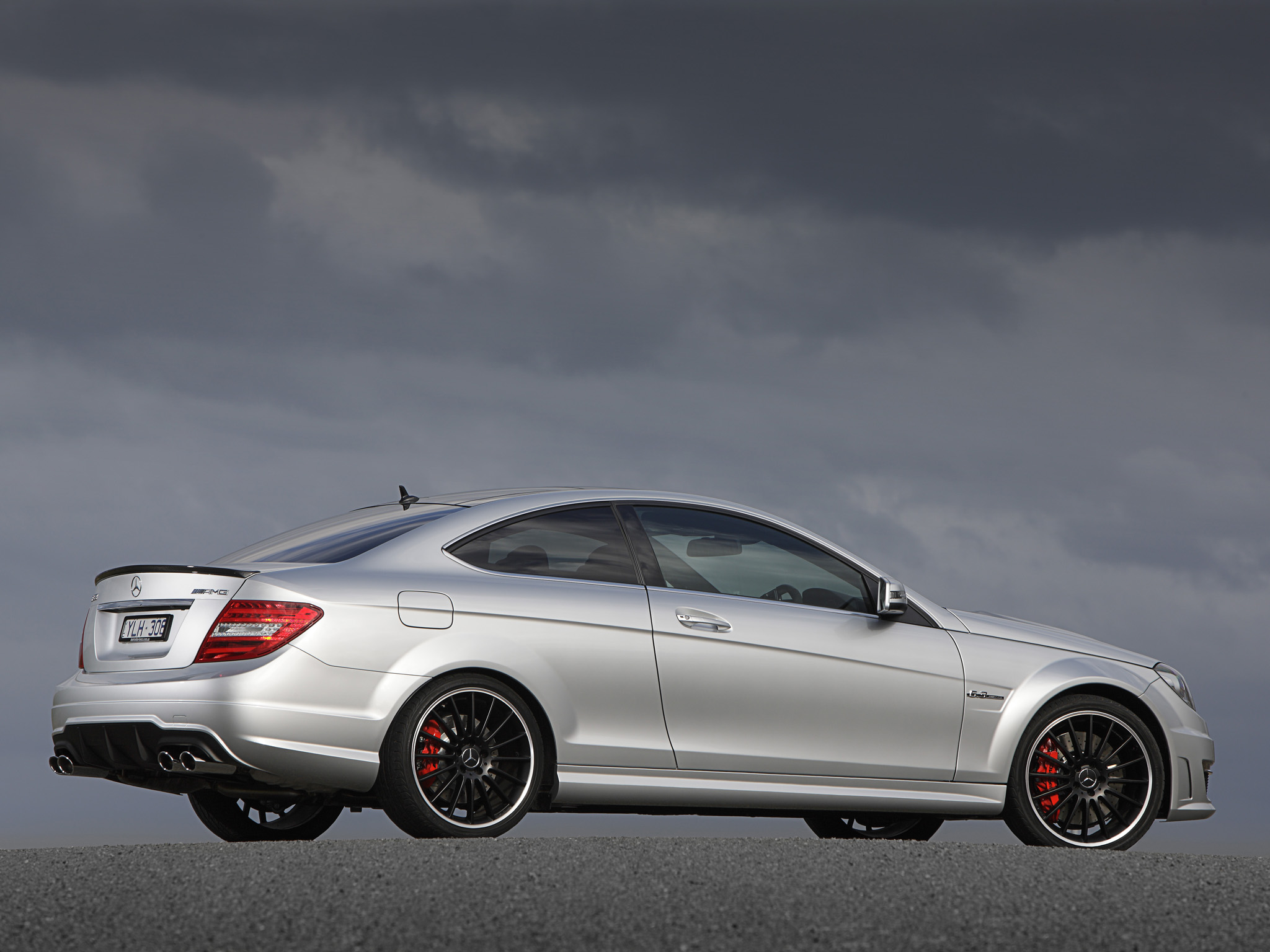 Mercedes-Benz C63 AMG Coupe photo 96459