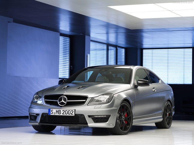 Mercedes-Benz C63 AMG Coupe photo 98567