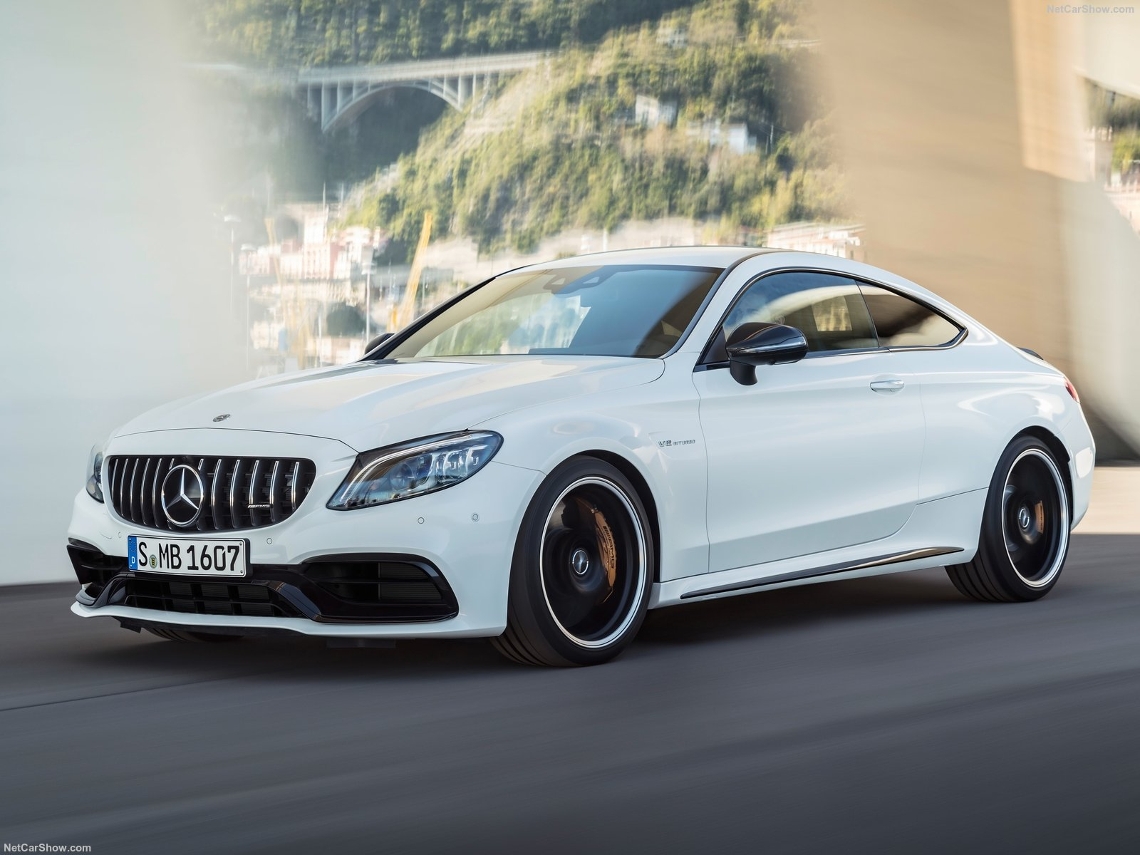 Mercedes-Benz C63 S AMG Coupe photo 187371