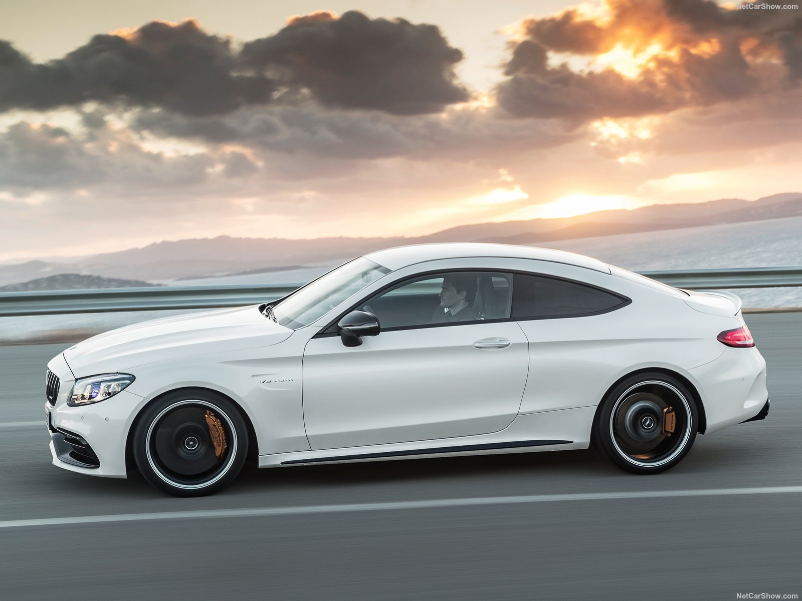 Mercedes-Benz C63 S AMG Coupe photo 187377