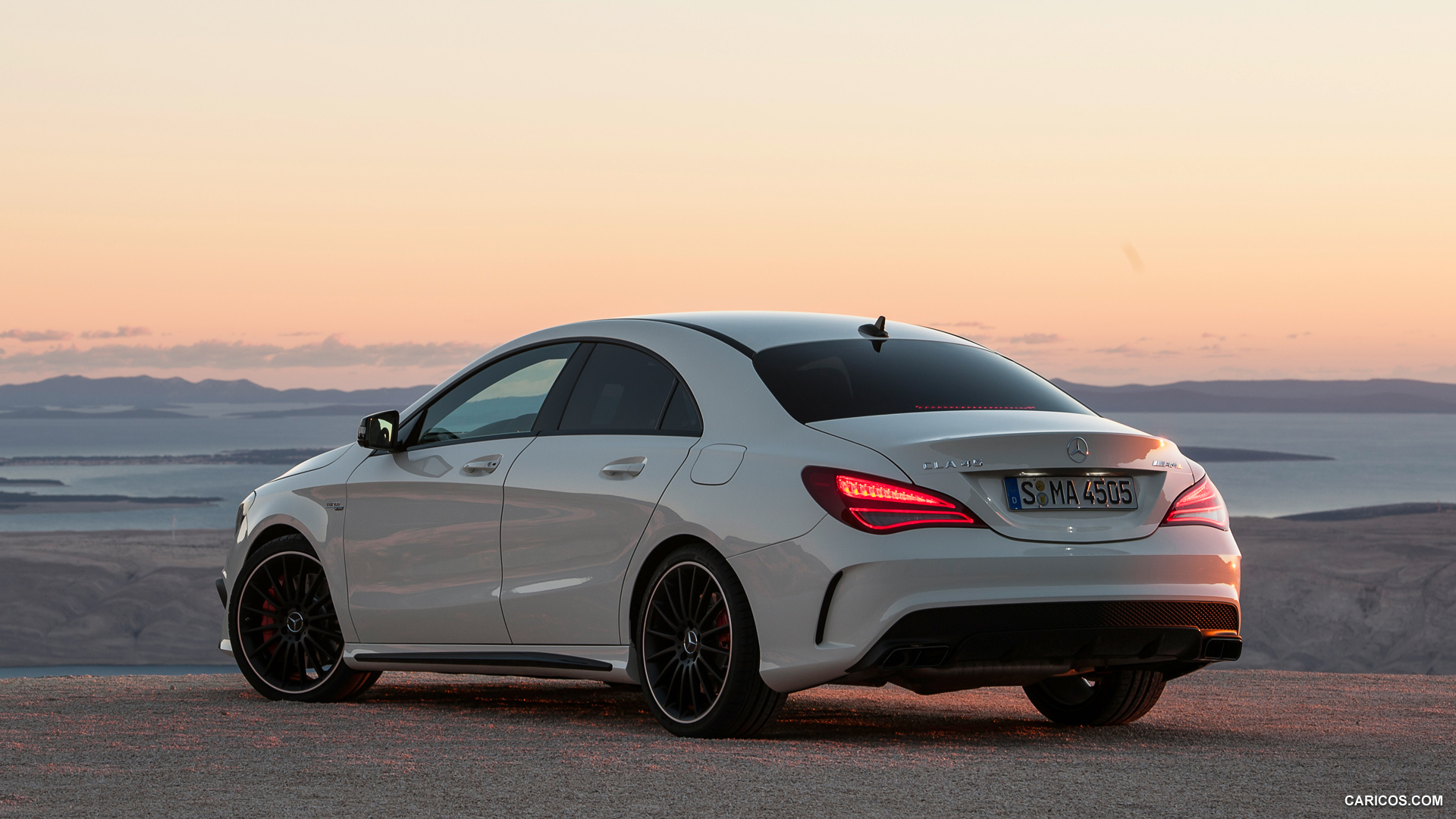 Mercedes-Benz CLA 45 AMG photo 109262