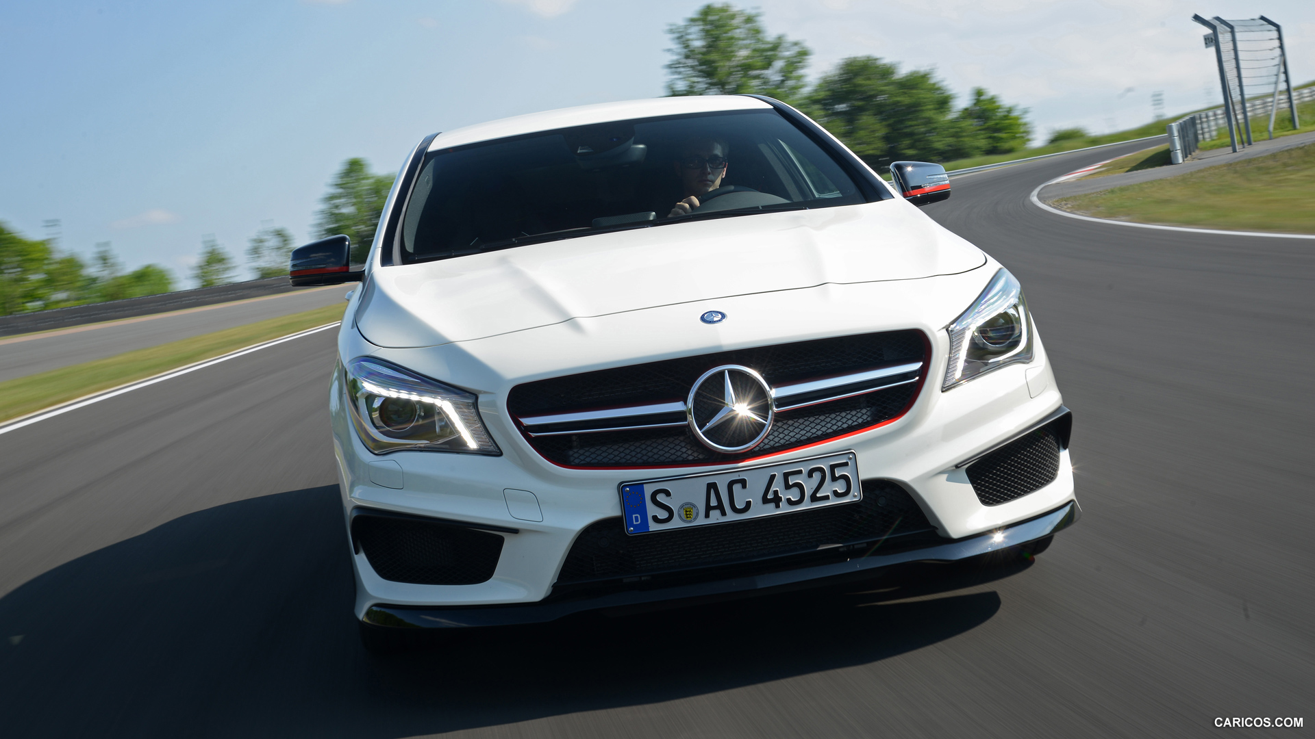 Mercedes-Benz CLA 45 AMG photo 109270