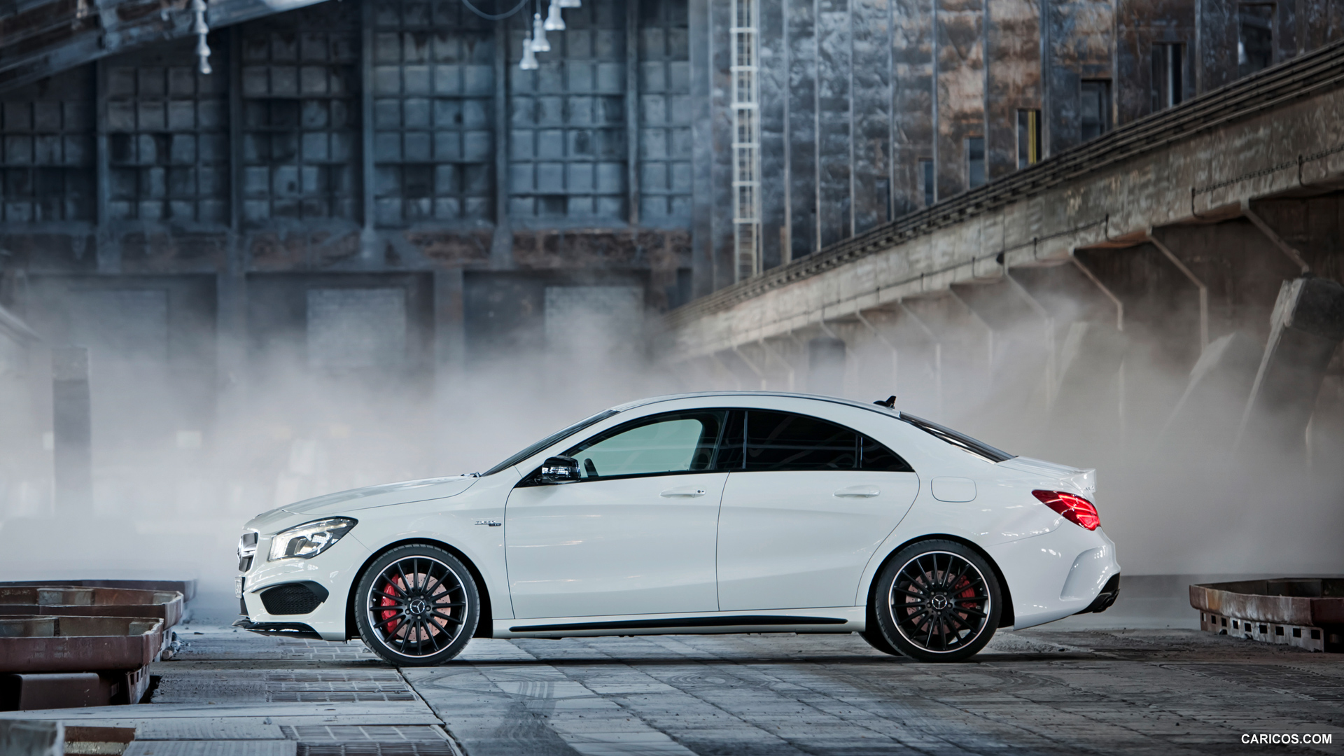 Mercedes-Benz CLA 45 AMG photo 109286