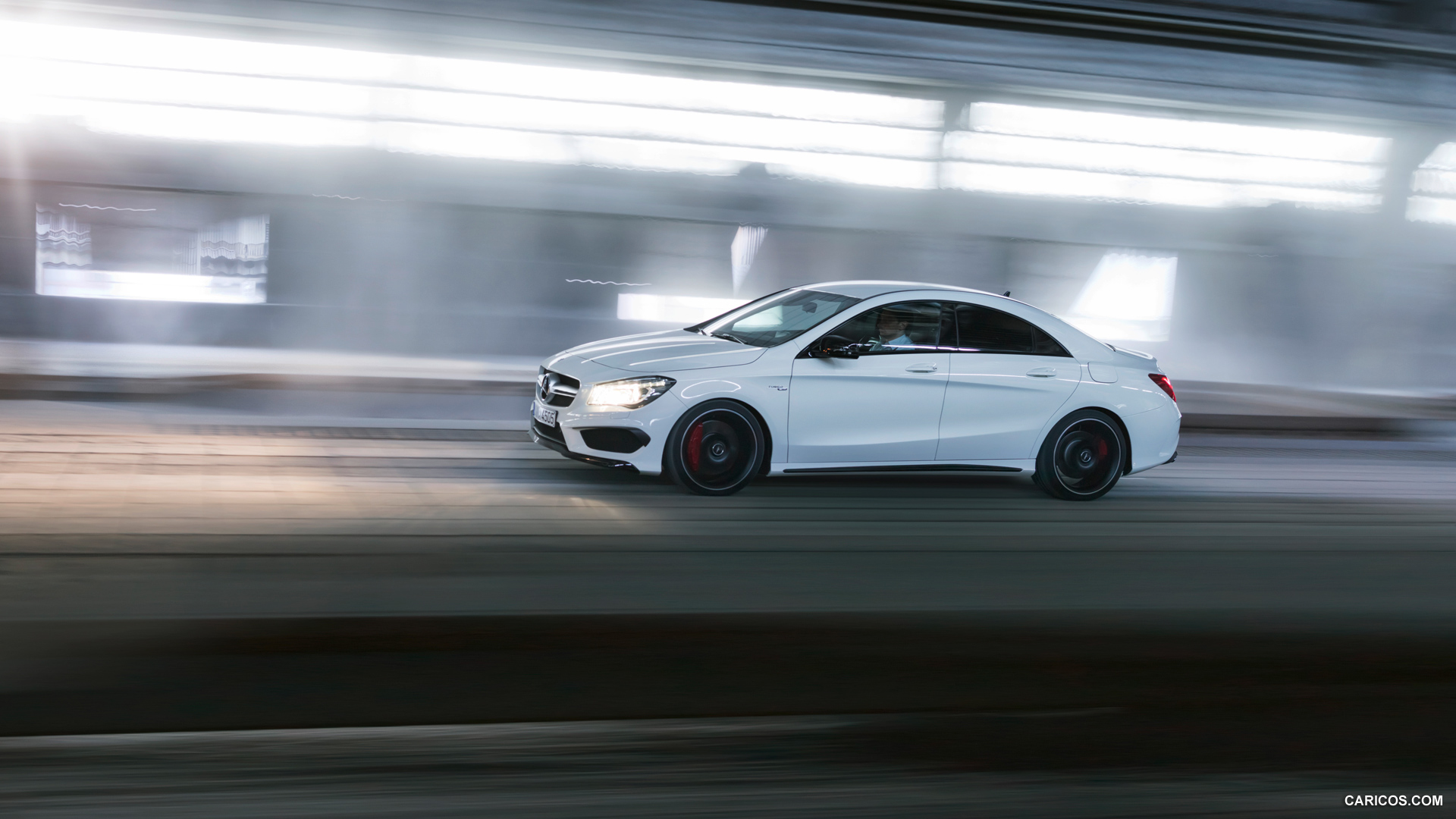 Mercedes-Benz CLA 45 AMG photo 109293