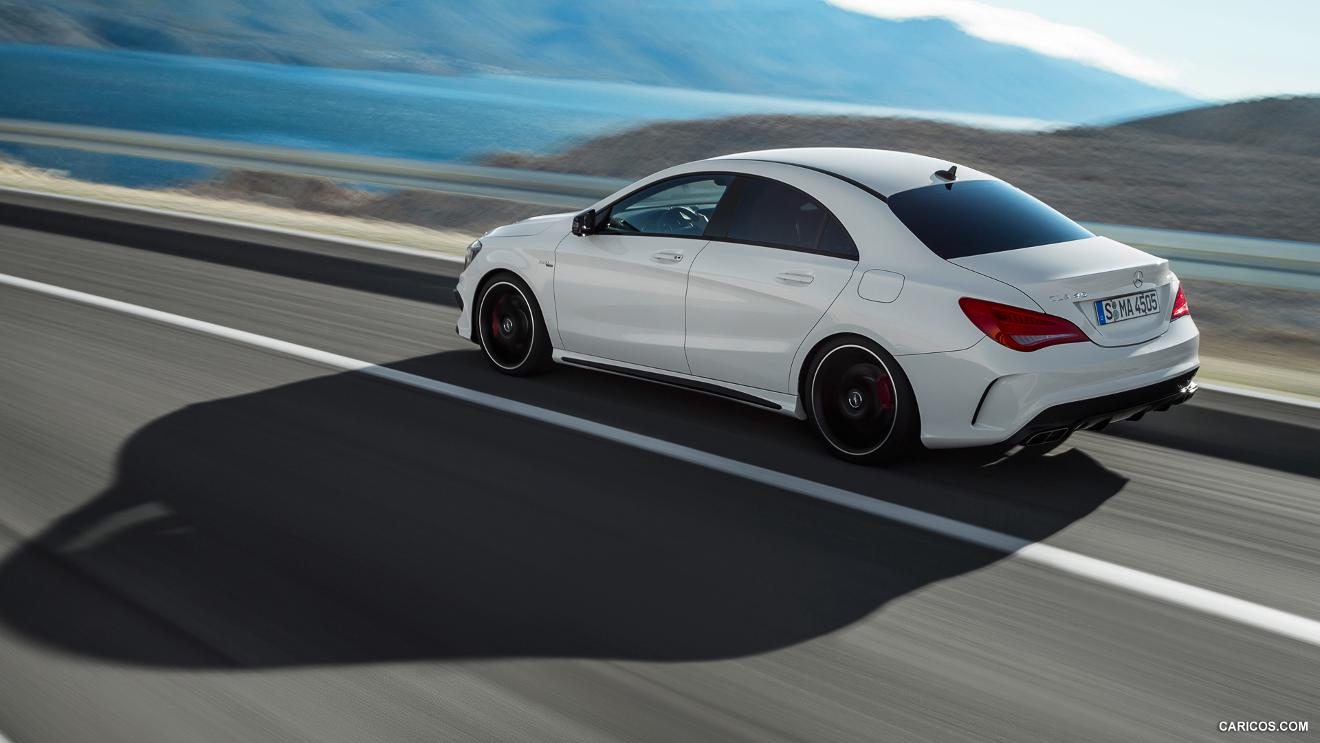 Mercedes-Benz CLA 45 AMG photo 109299