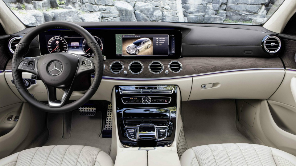 Mercedes-Benz E-Class All-Terrain photo 169376