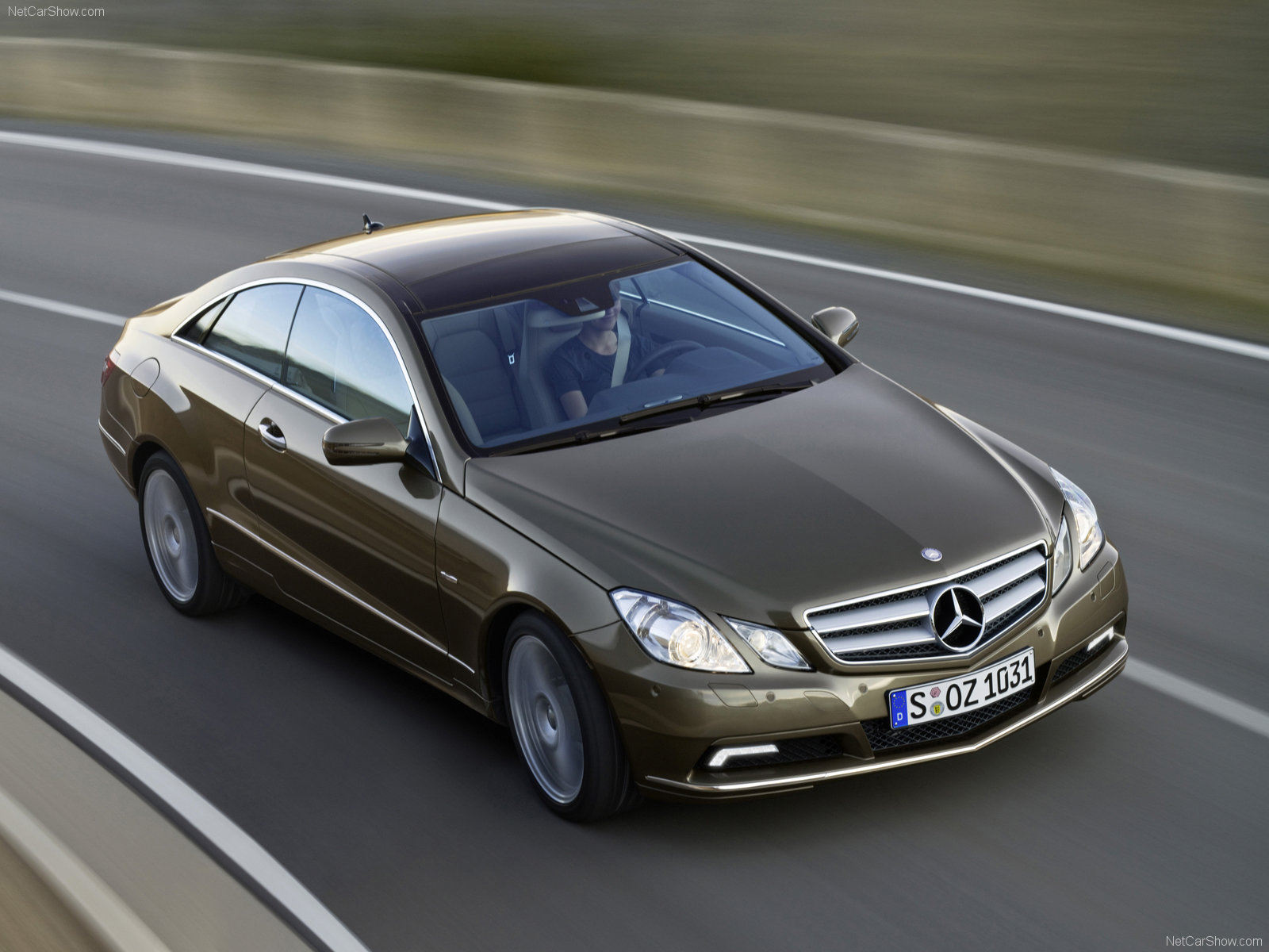 Mercedes-Benz E-Class Coupe photo 62090