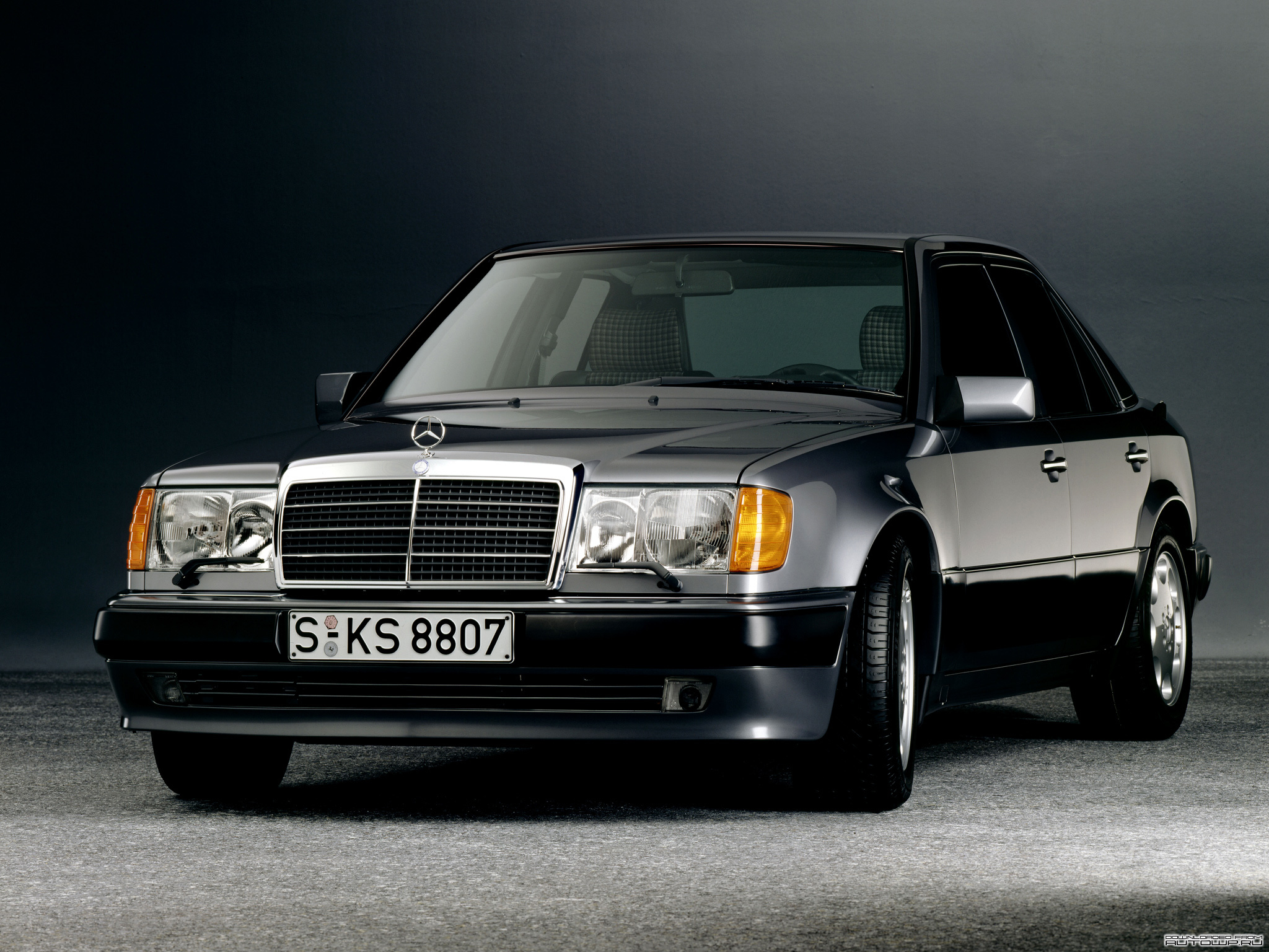 Mercedes-Benz E-Class W124 photo 76725