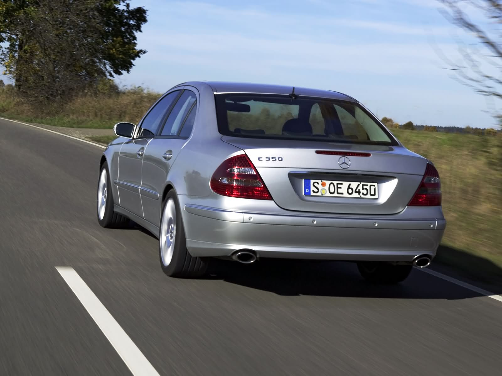 Mercedes-Benz E-Class W211 photo 17098