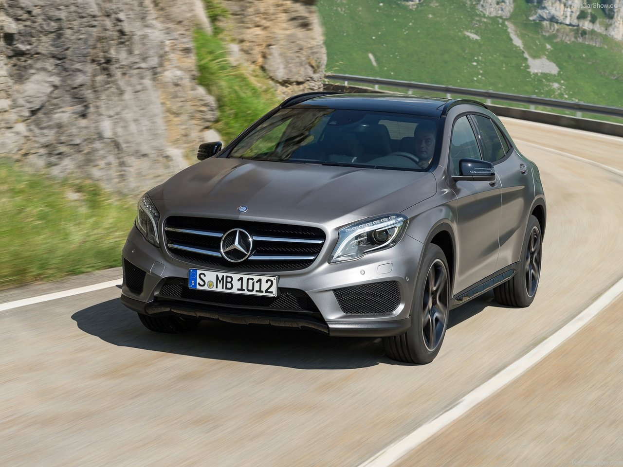 Mercedes-Benz GLA-Class photo 148339
