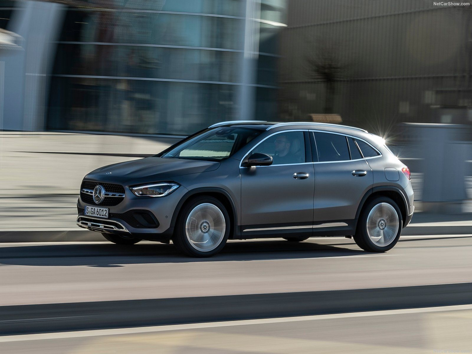 Mercedes-Benz GLA photo 197355