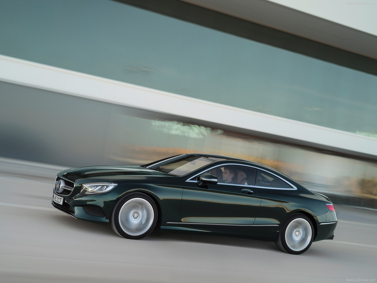 Mercedes-Benz S-Class Coupe photo 125682