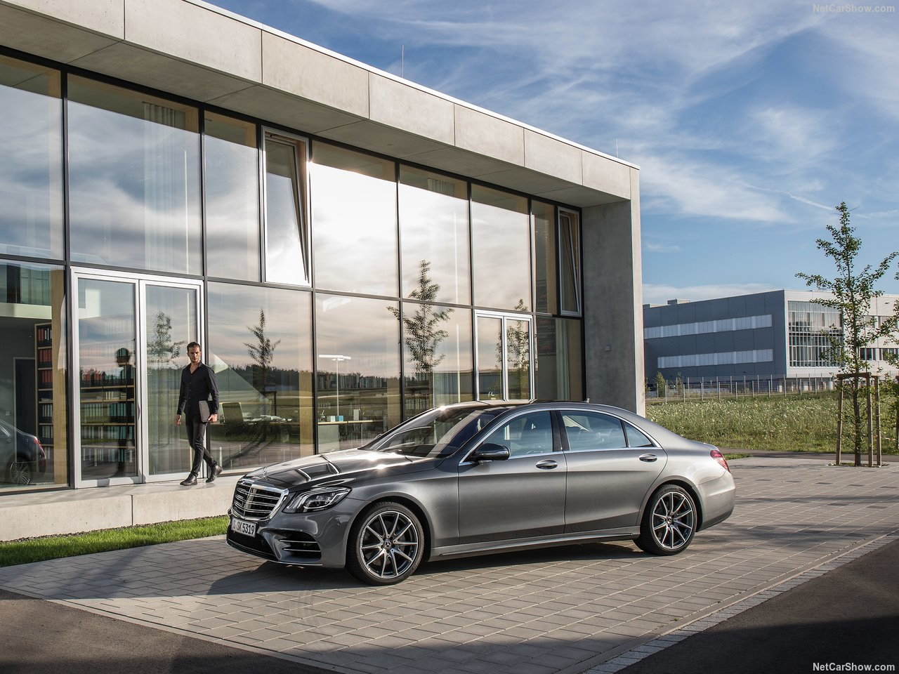 Mercedes-Benz S-Class photo 179715