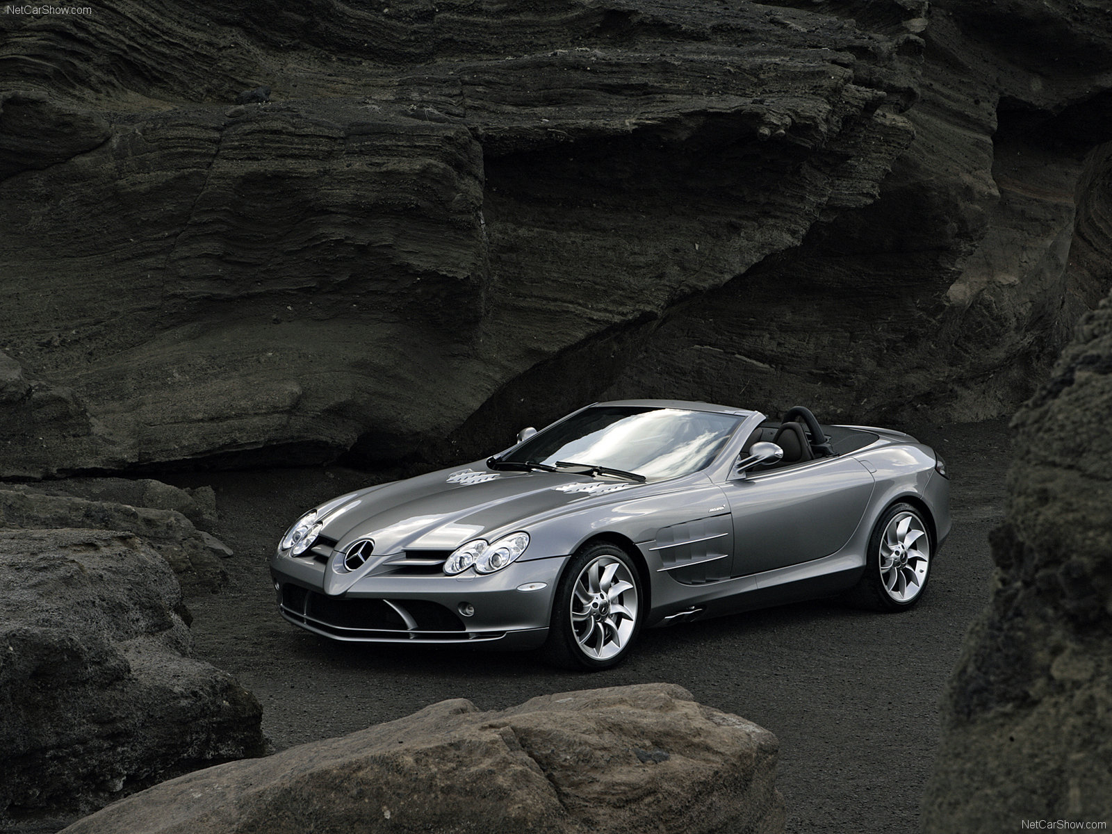 Mercedes-Benz SLR McLaren Roadster photo 45884