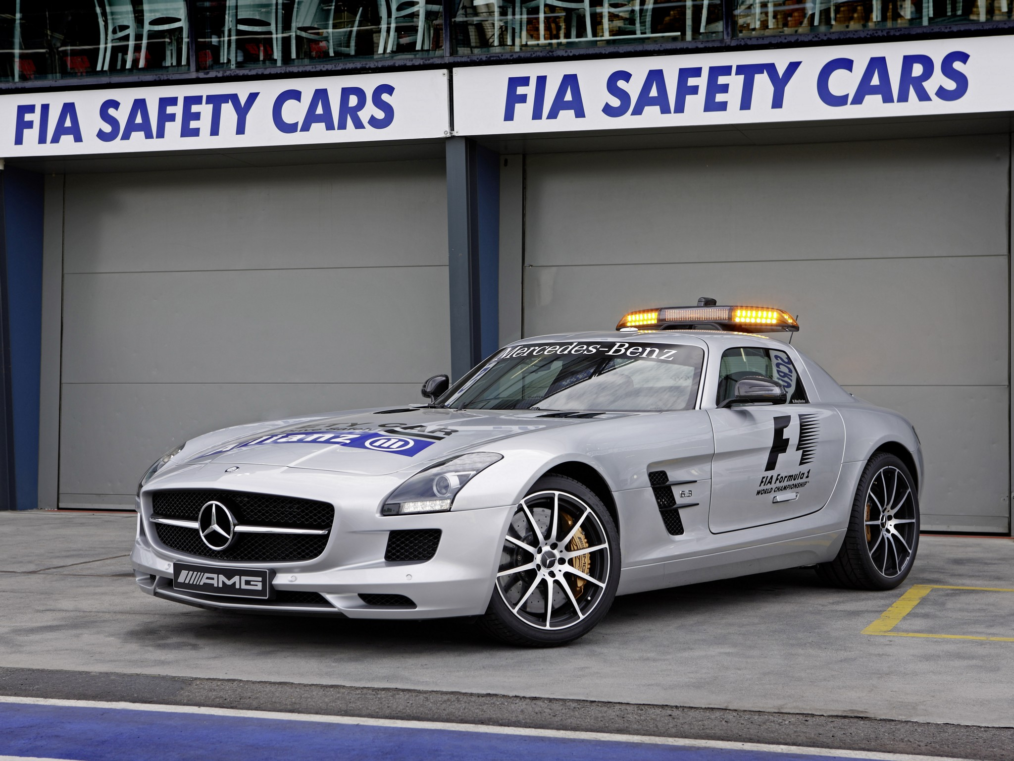 Mercedes-Benz SLS AMG photo 100011