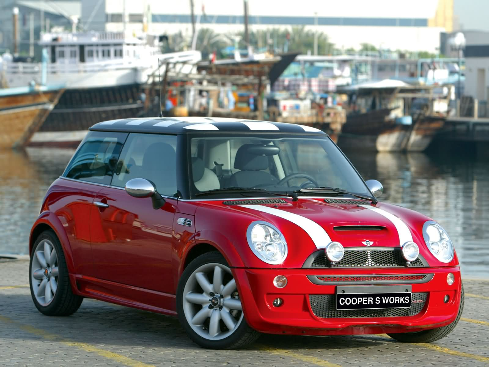 Mini Cooper S John Cooper Works photo 2575