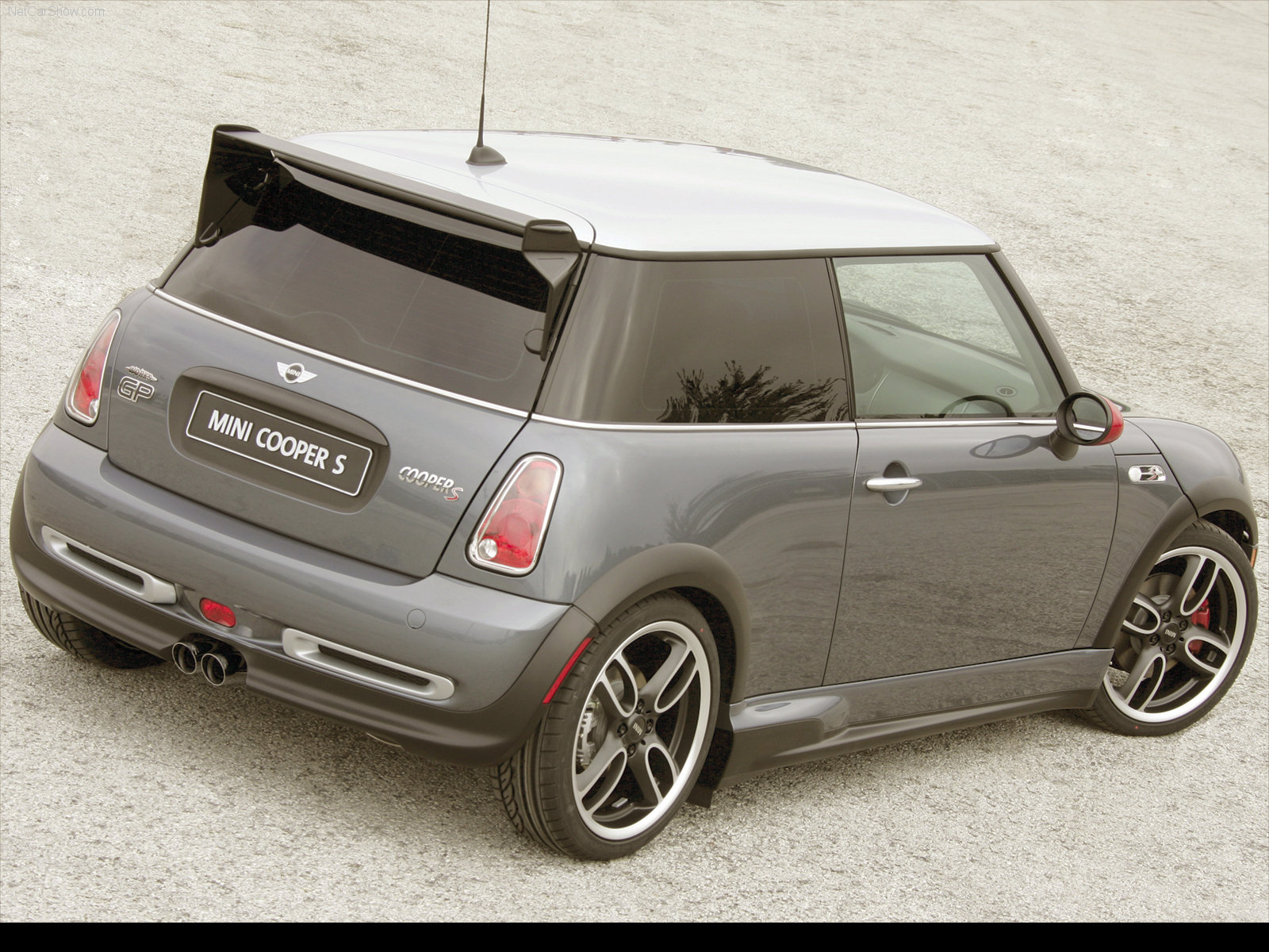 Mini Cooper S John Cooper Works photo 65882