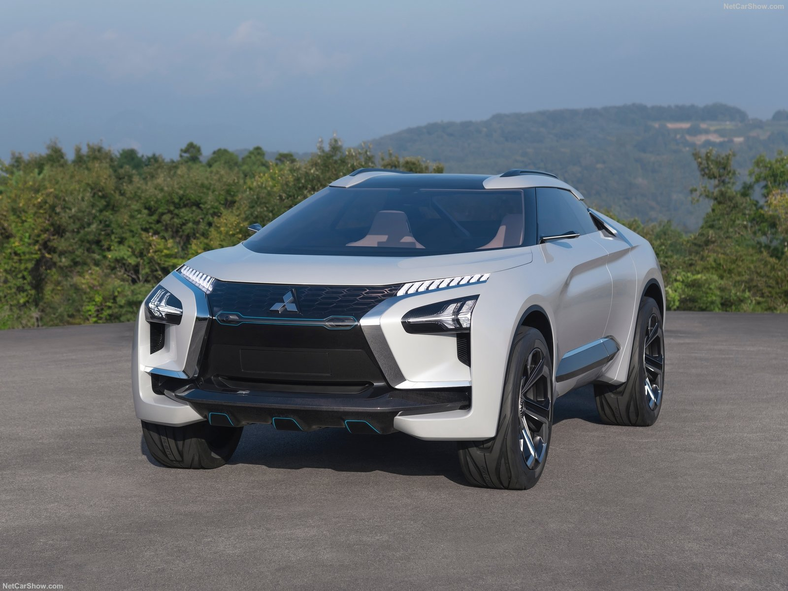 Mitsubishi e-Evolution Concept photo 182843