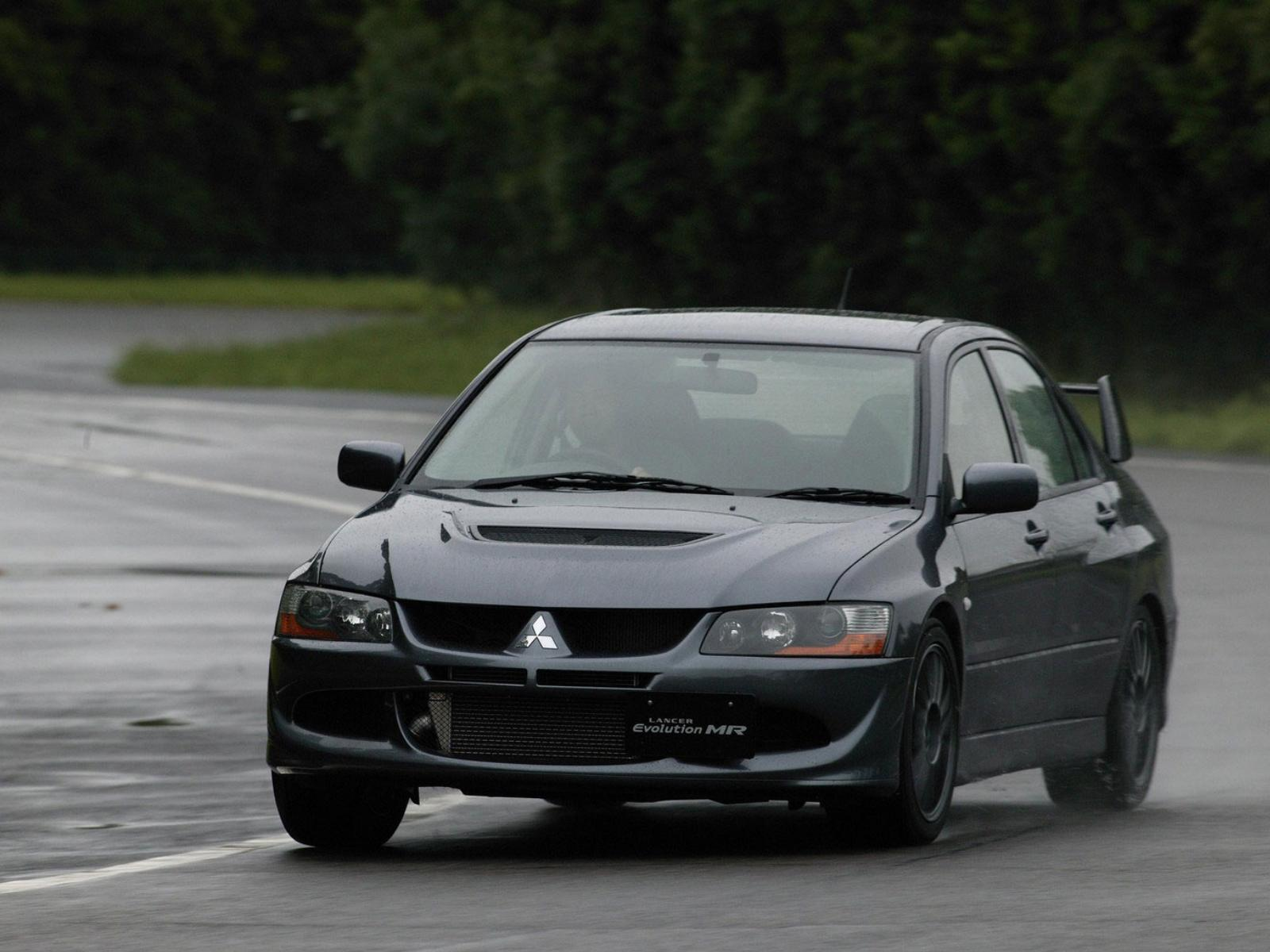 Mitsubishi Lancer Evolution VIII photo 13902