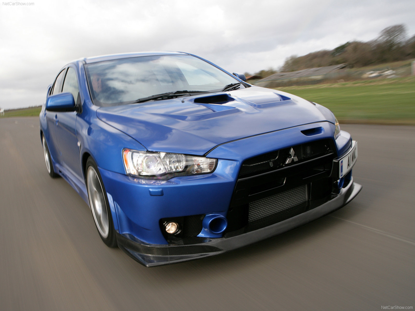 Mitsubishi Lancer Evolution X photo 64509