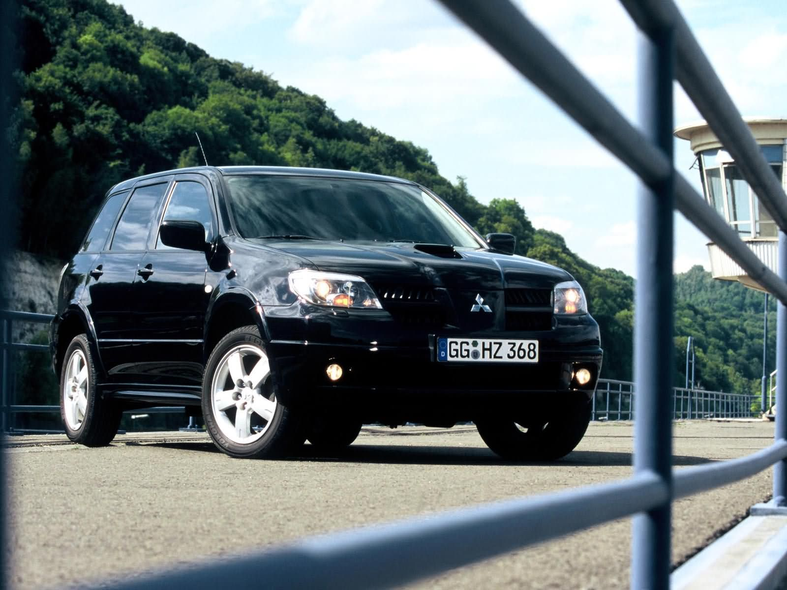 Mitsubishi Outlander photo 13866