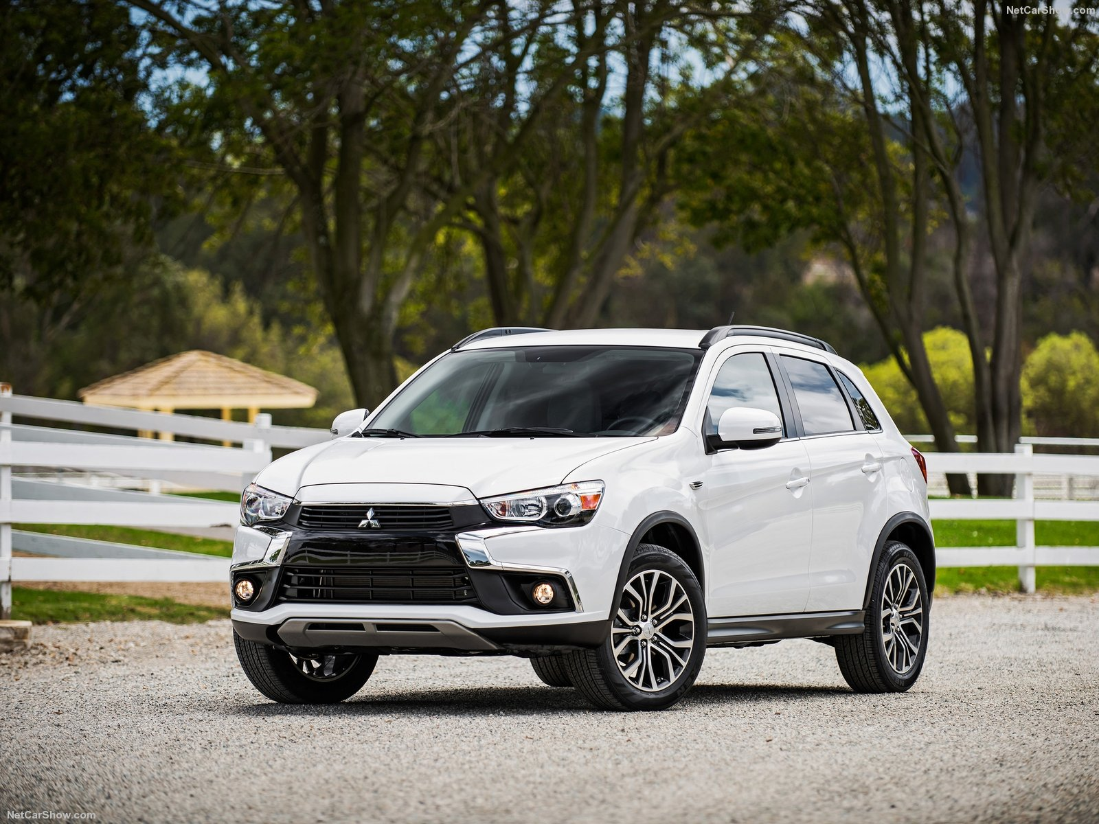 Mitsubishi Outlander Sport photo 154901