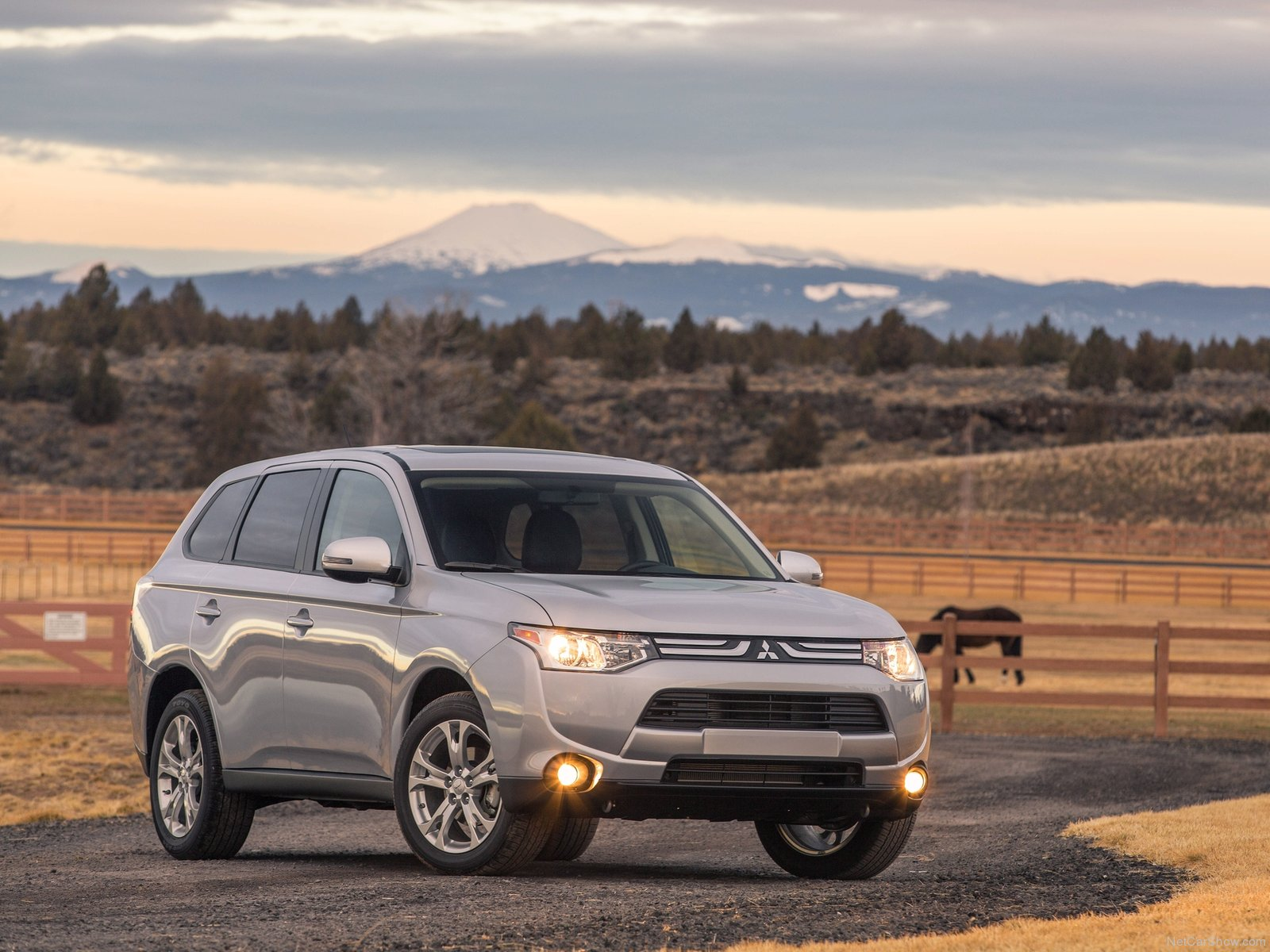 Mitsubishi Outlander US-Version photo 110260