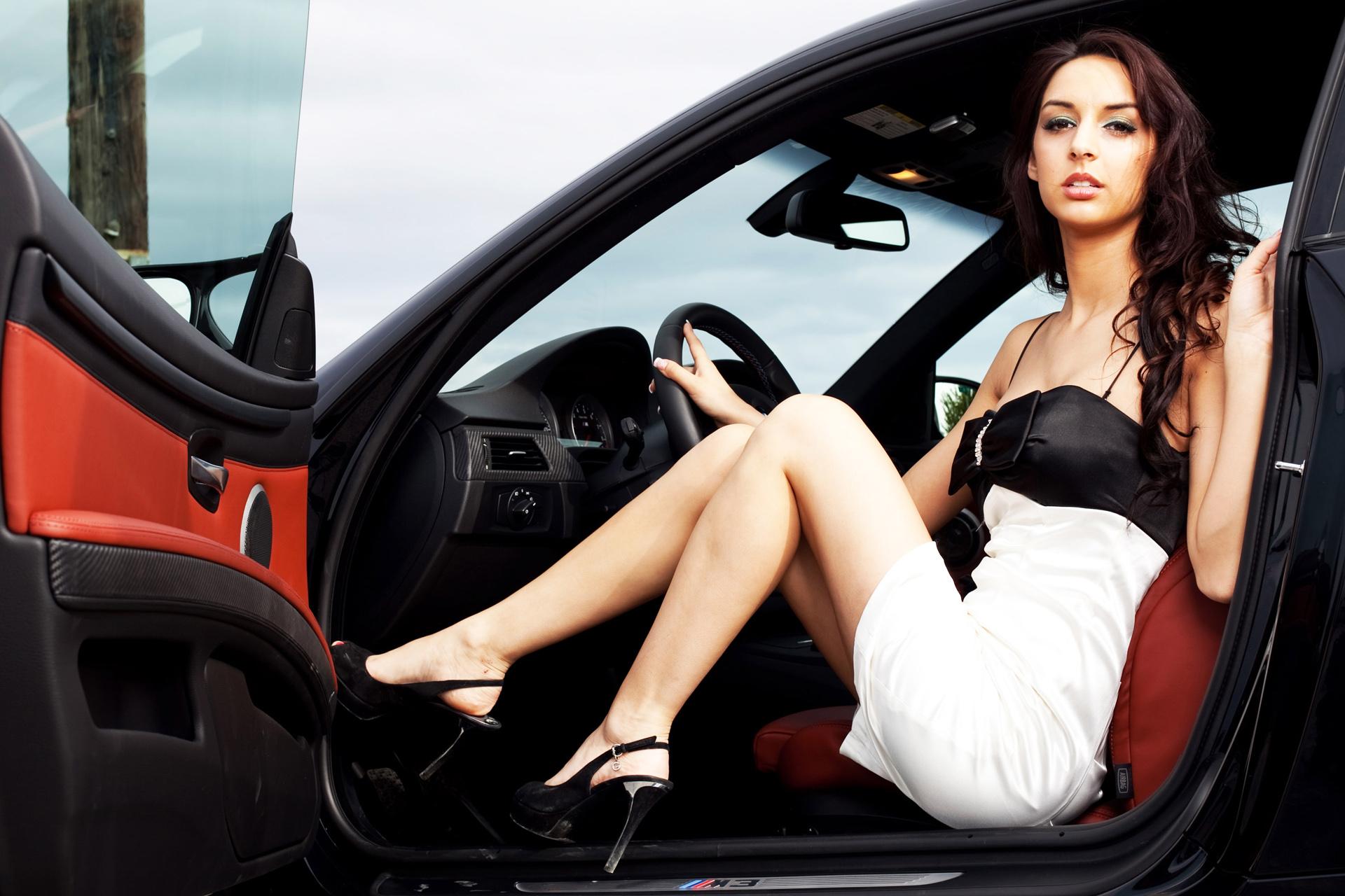 Фотомодели в машине #13