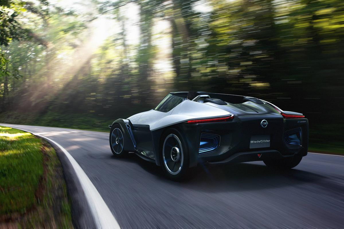Nissan BladeGlider Concept photo 106717