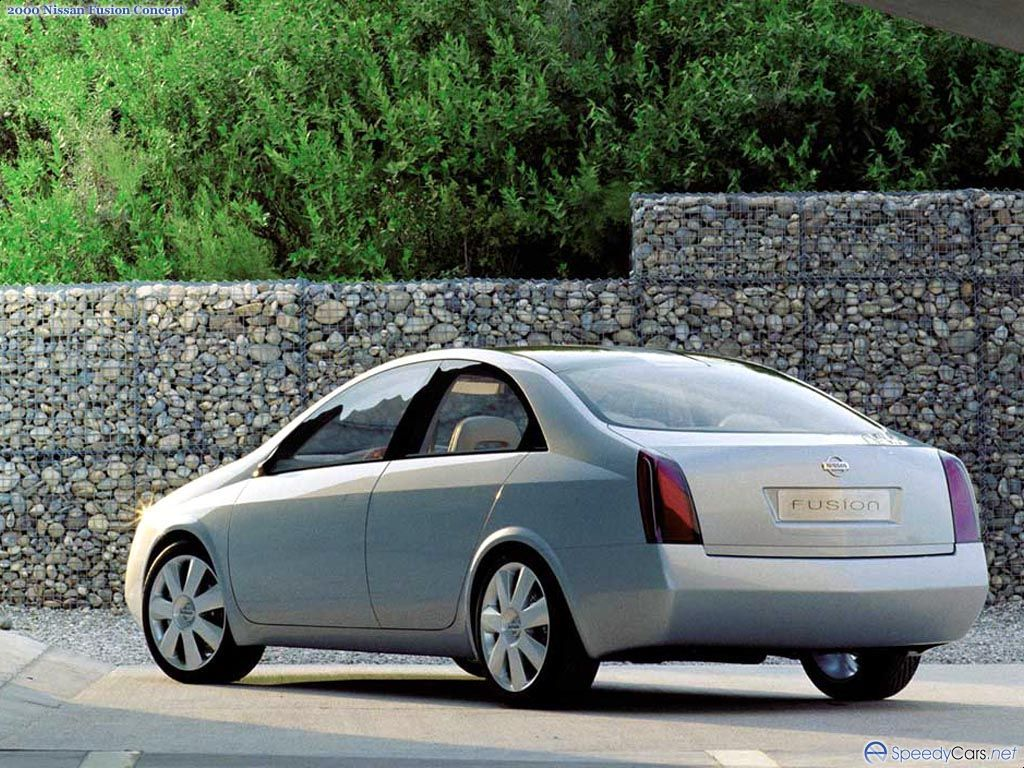 Nissan Fussion photo 6720
