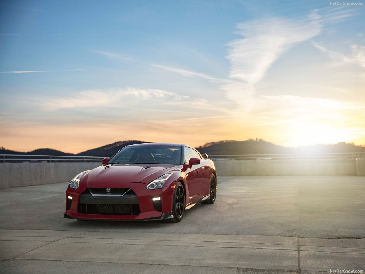 Nissan GT-R Track Pack photo 175924