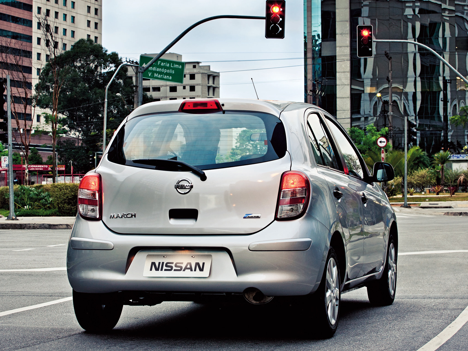 Nissan March photo 94533