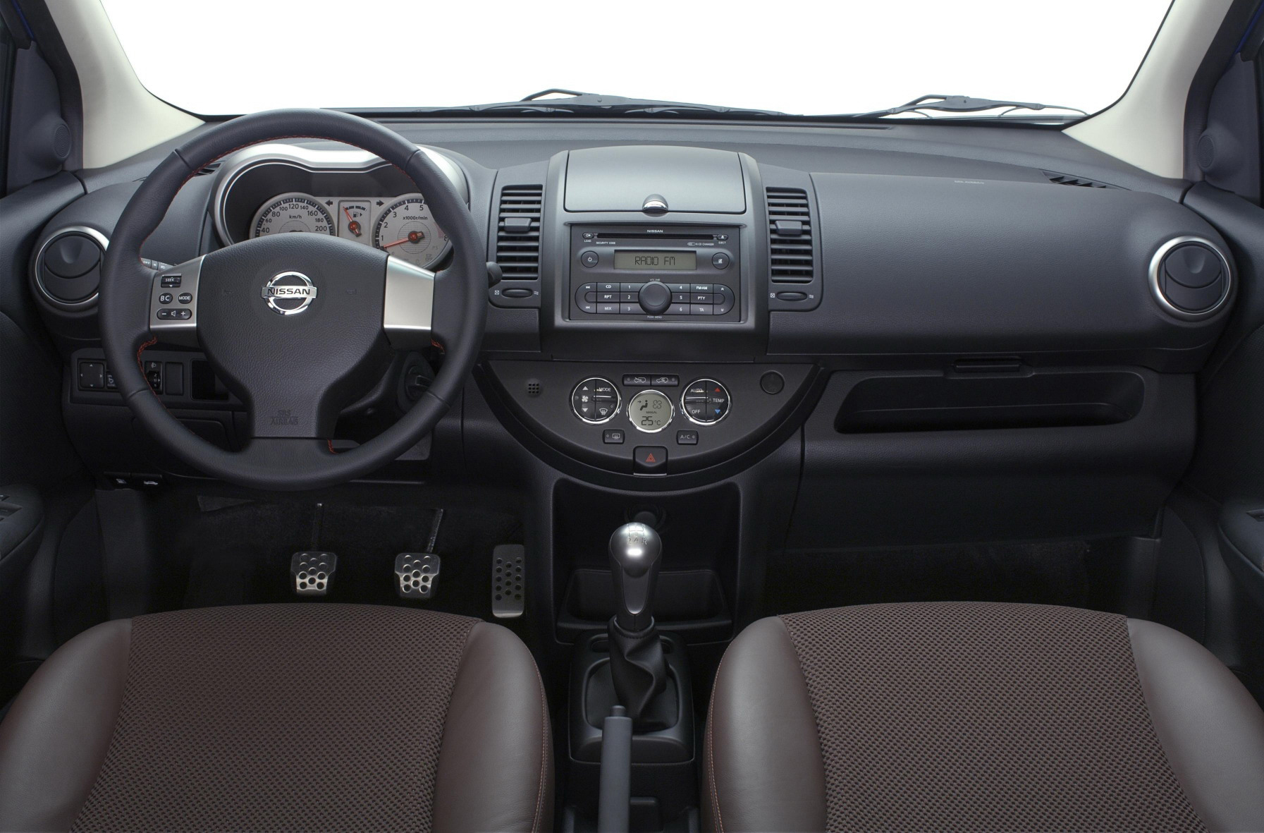 Nissan Note photo 25588