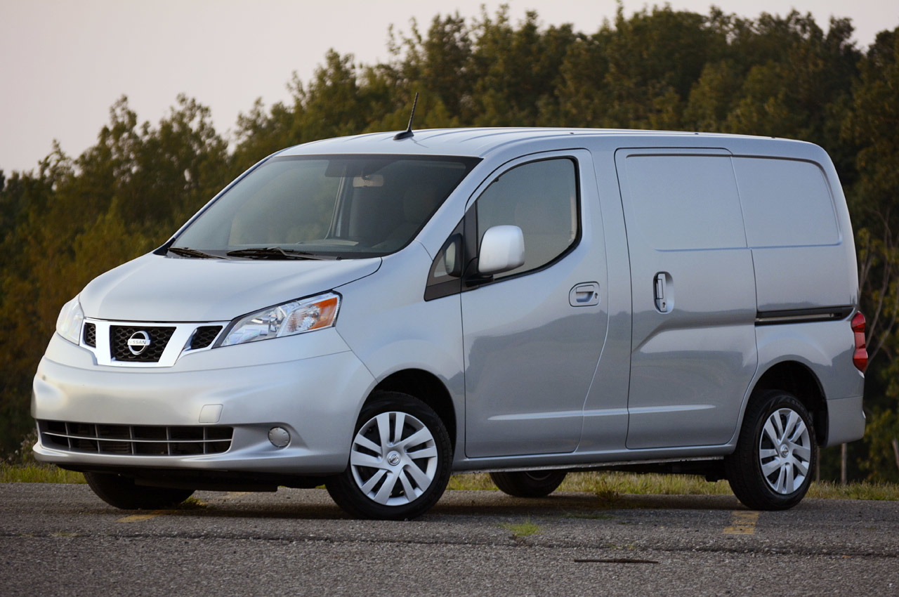 Nissan NV200 photo 105379