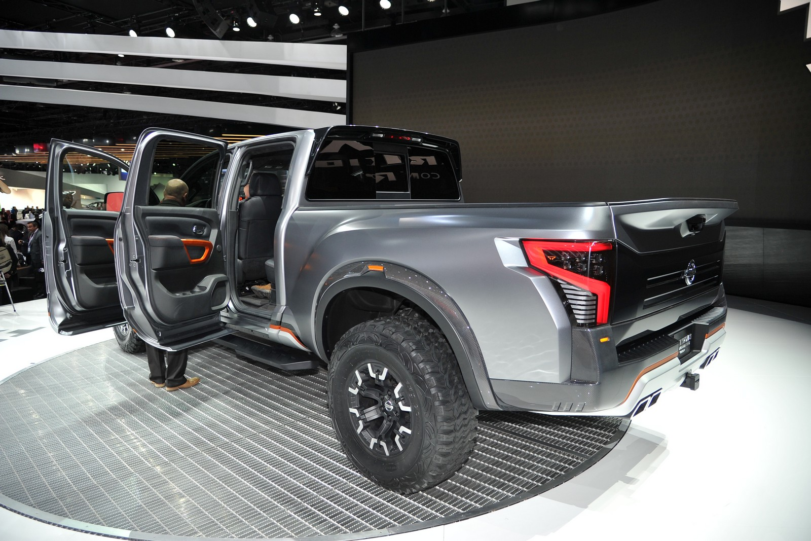 Nissan Titan photo 159679
