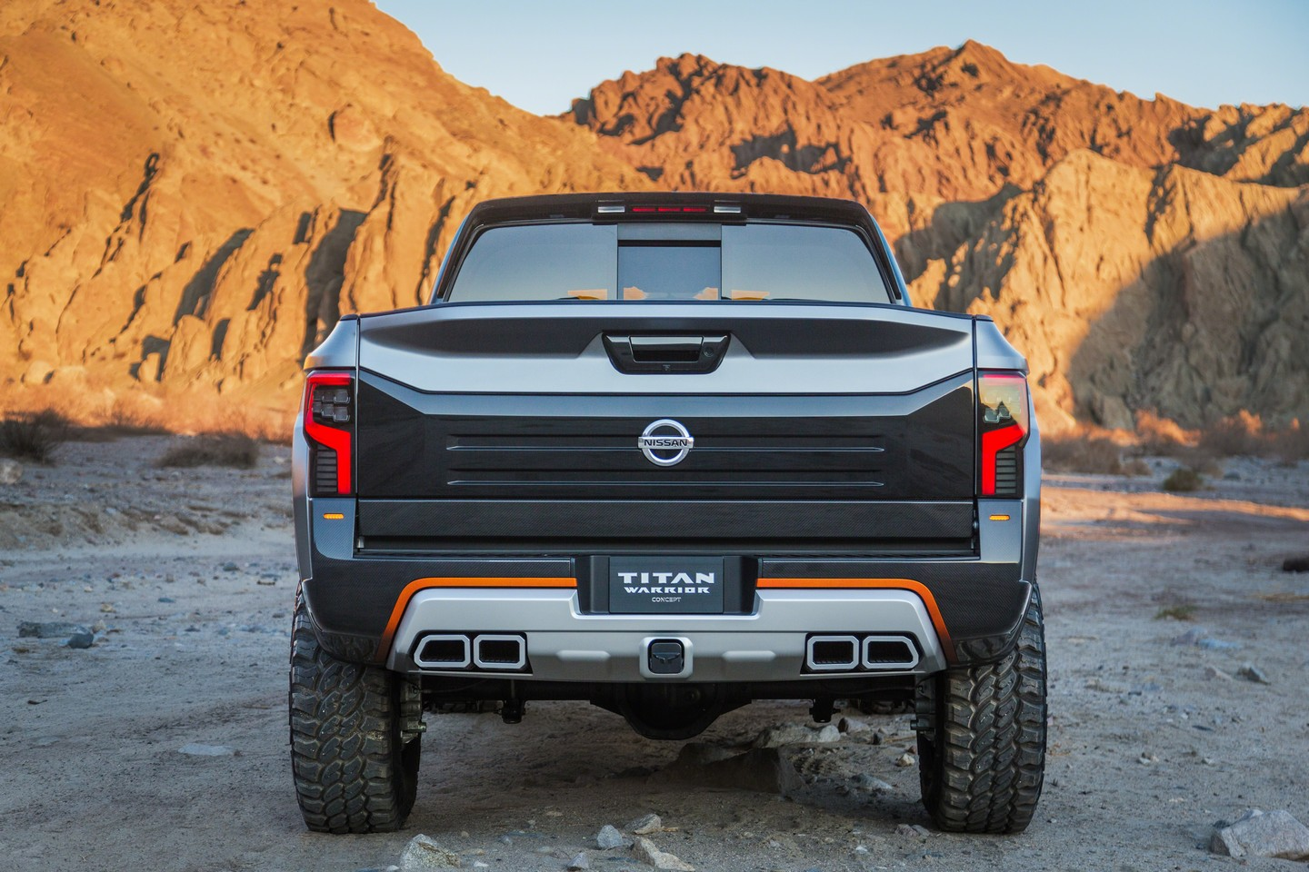 Nissan Titan photo 159692