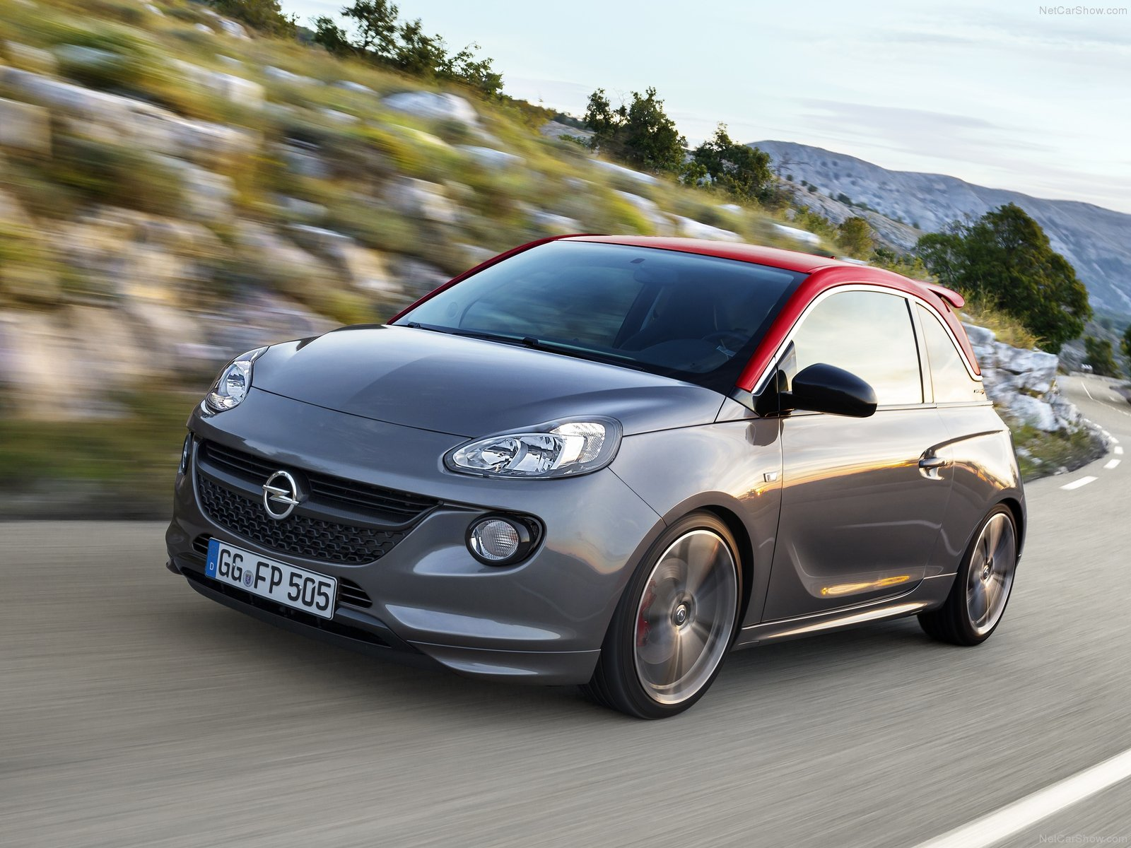 Opel Adam S photo 129138