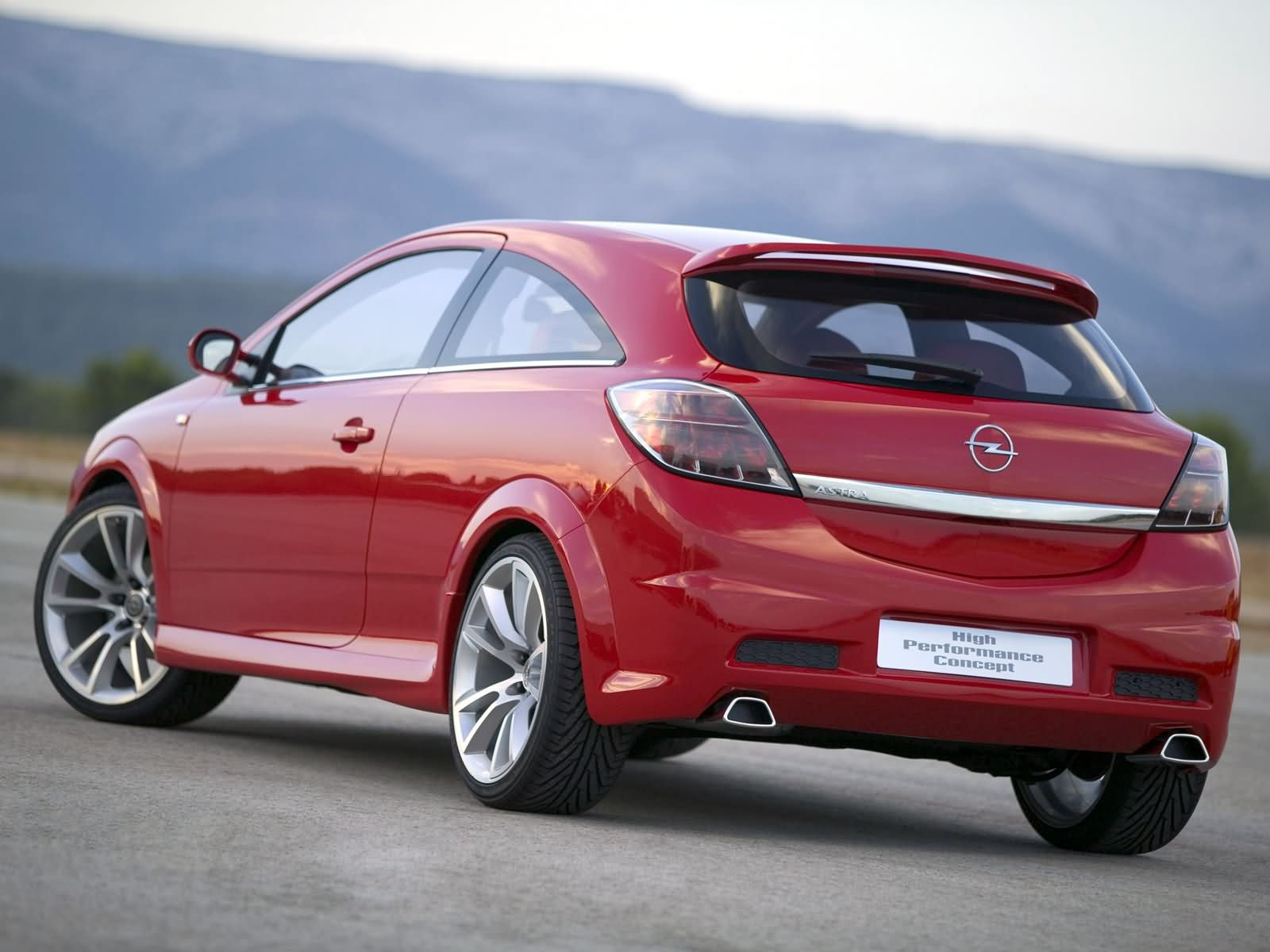 Opel Astra High Performance Concept photo 13555