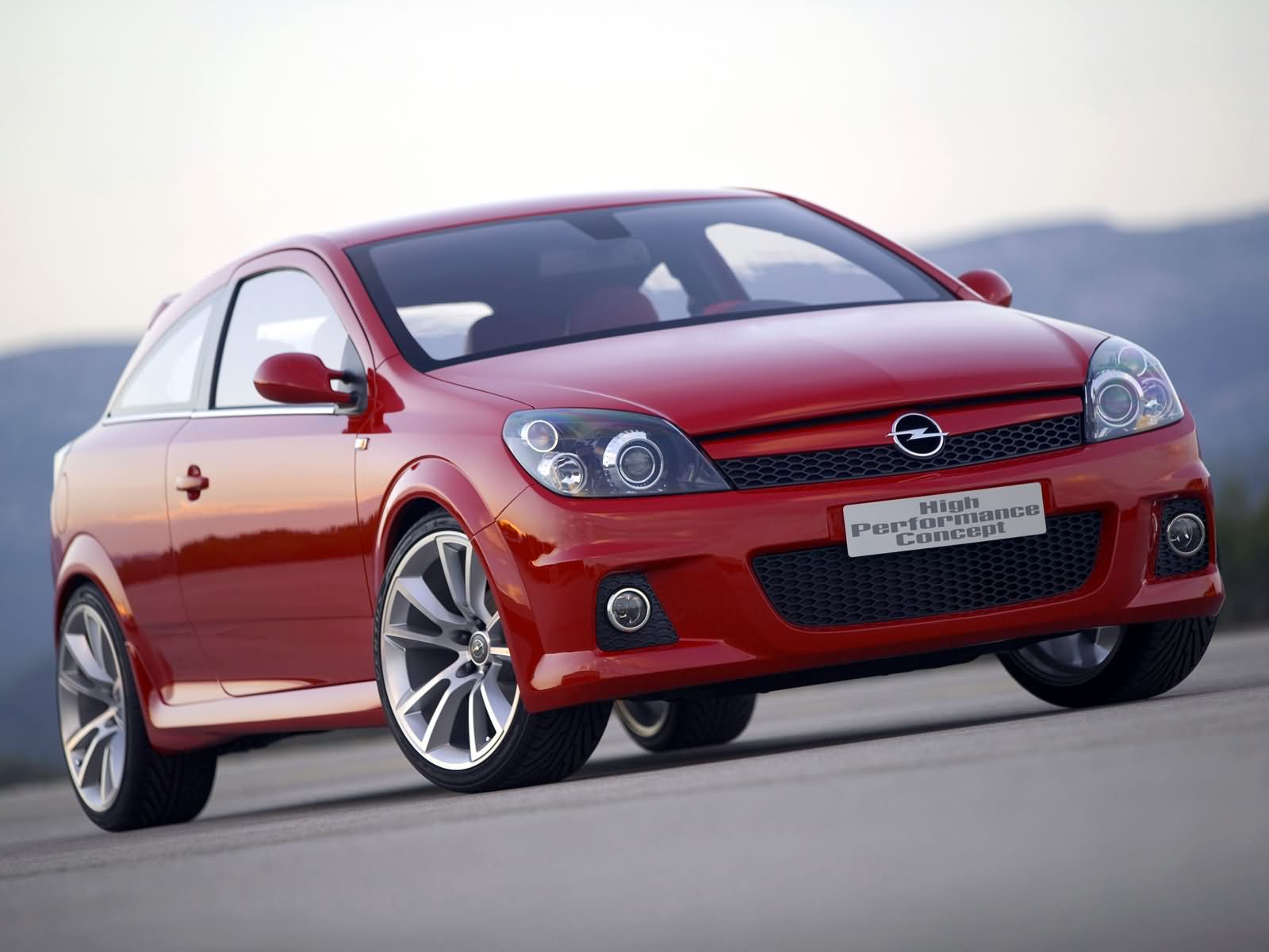 Opel Astra High Performance Concept photo 13558