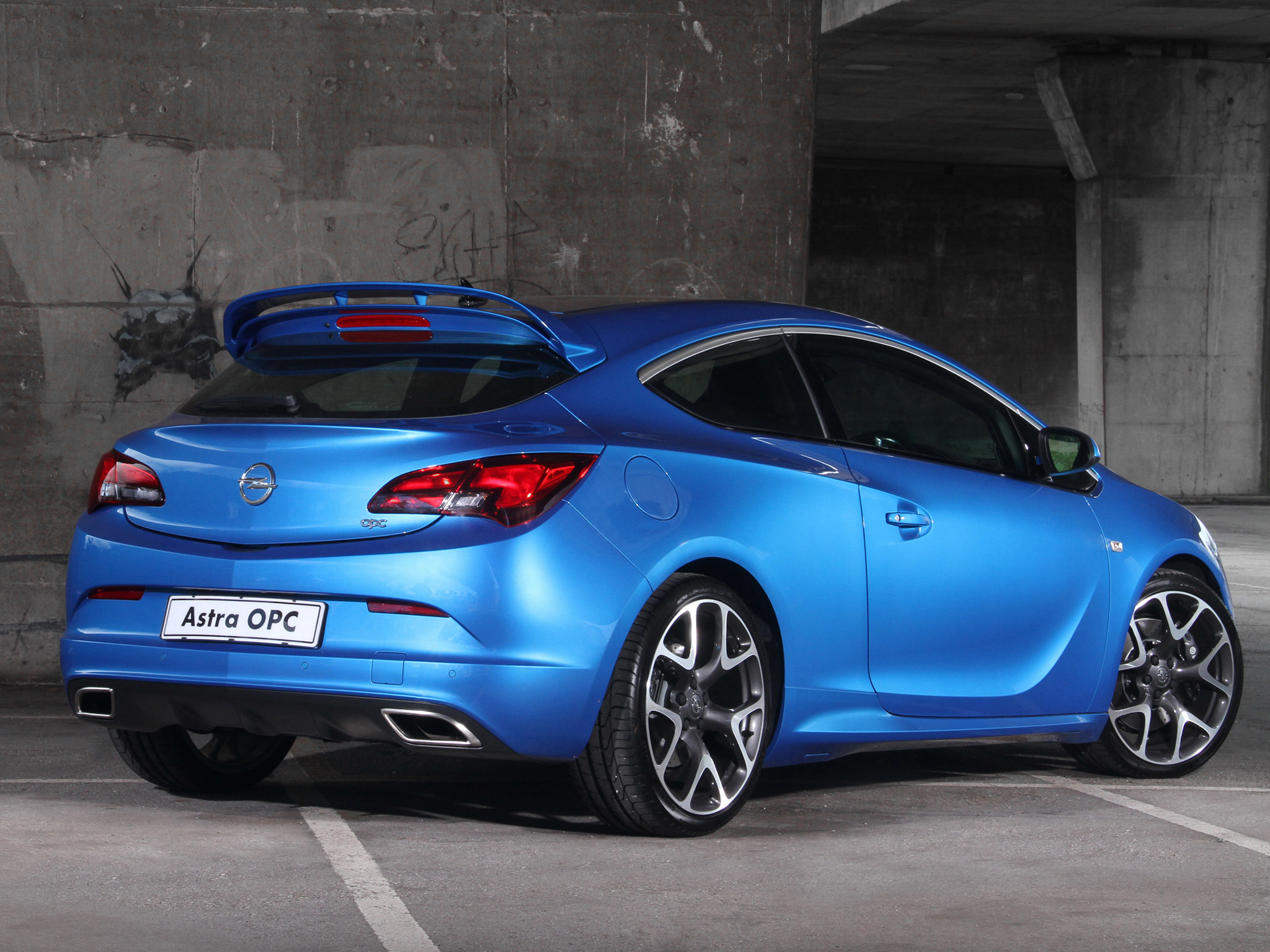 Opel Astra OPC photo 99000