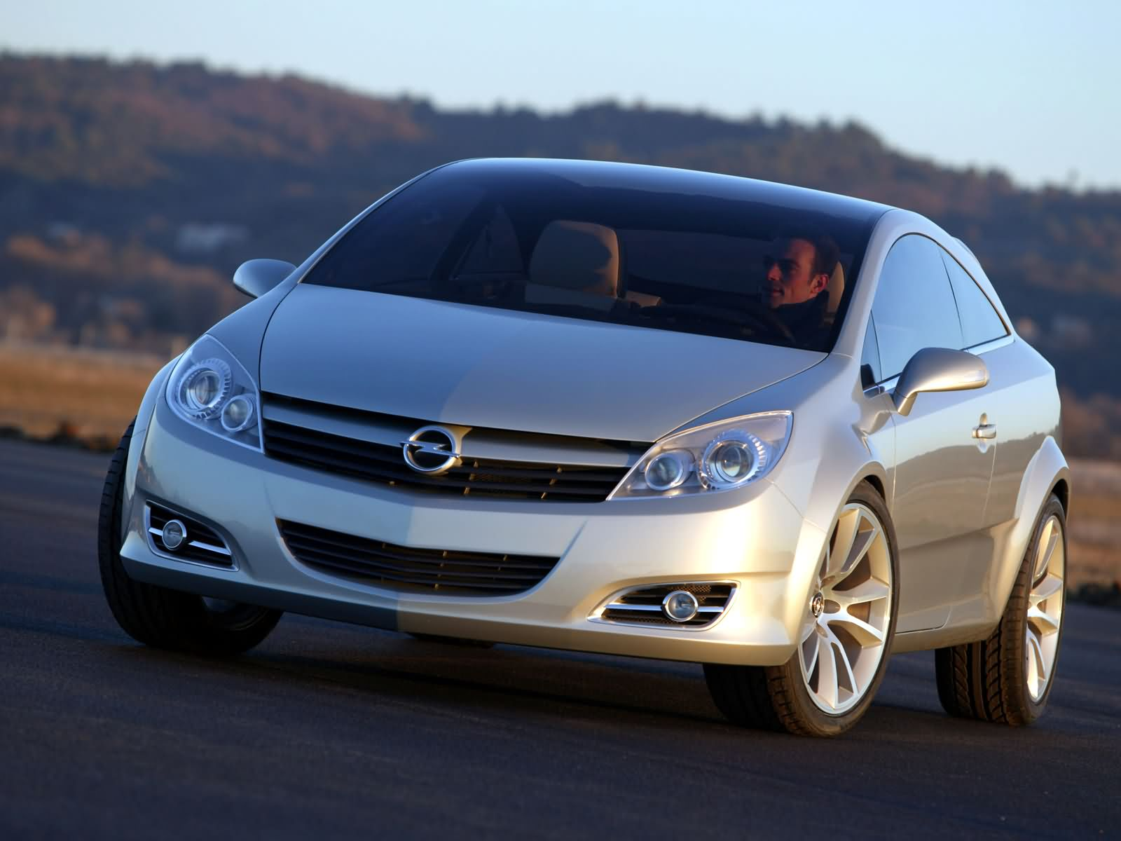 Opel GTC photo 5489