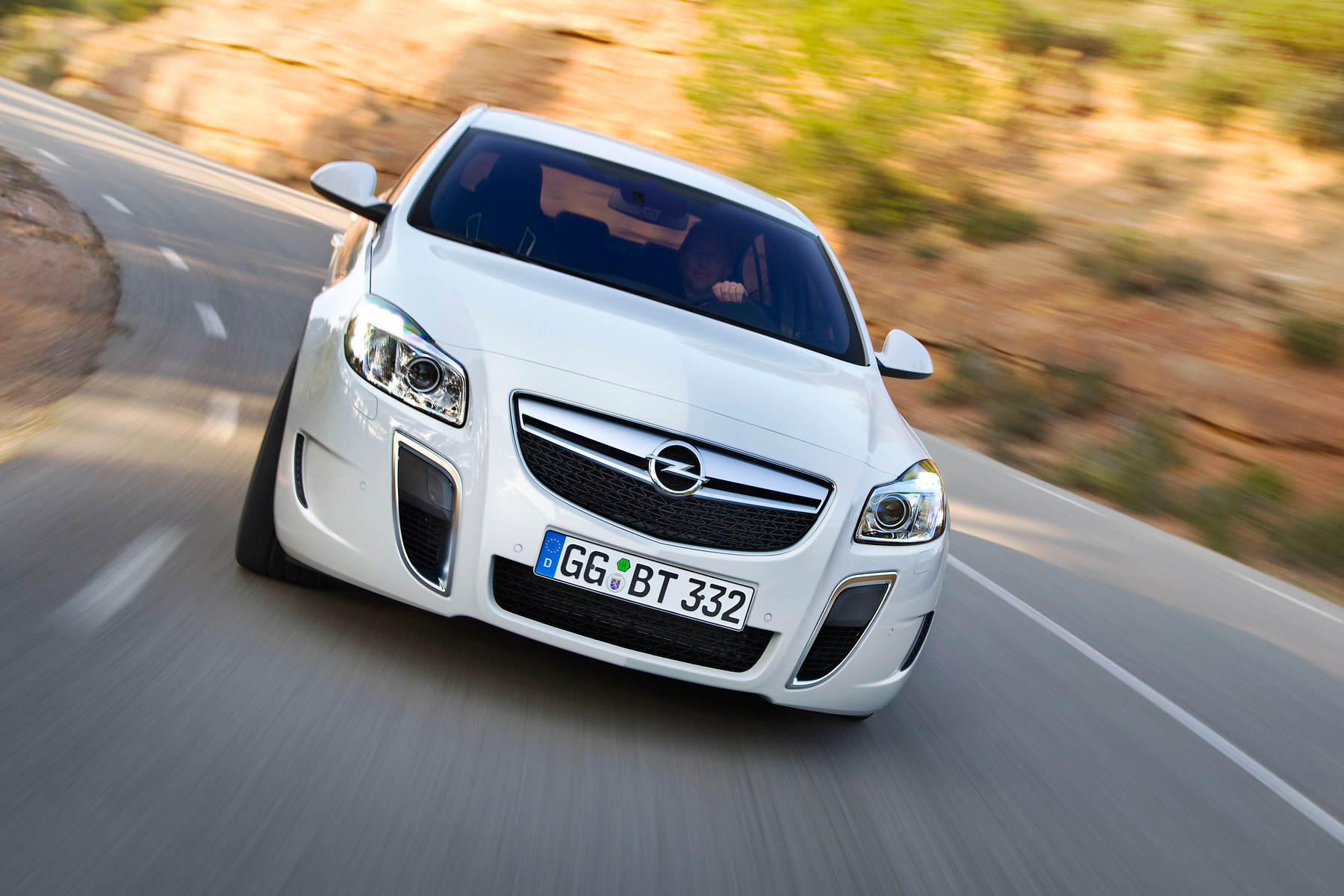 Opel Insignia OPC photo 63637