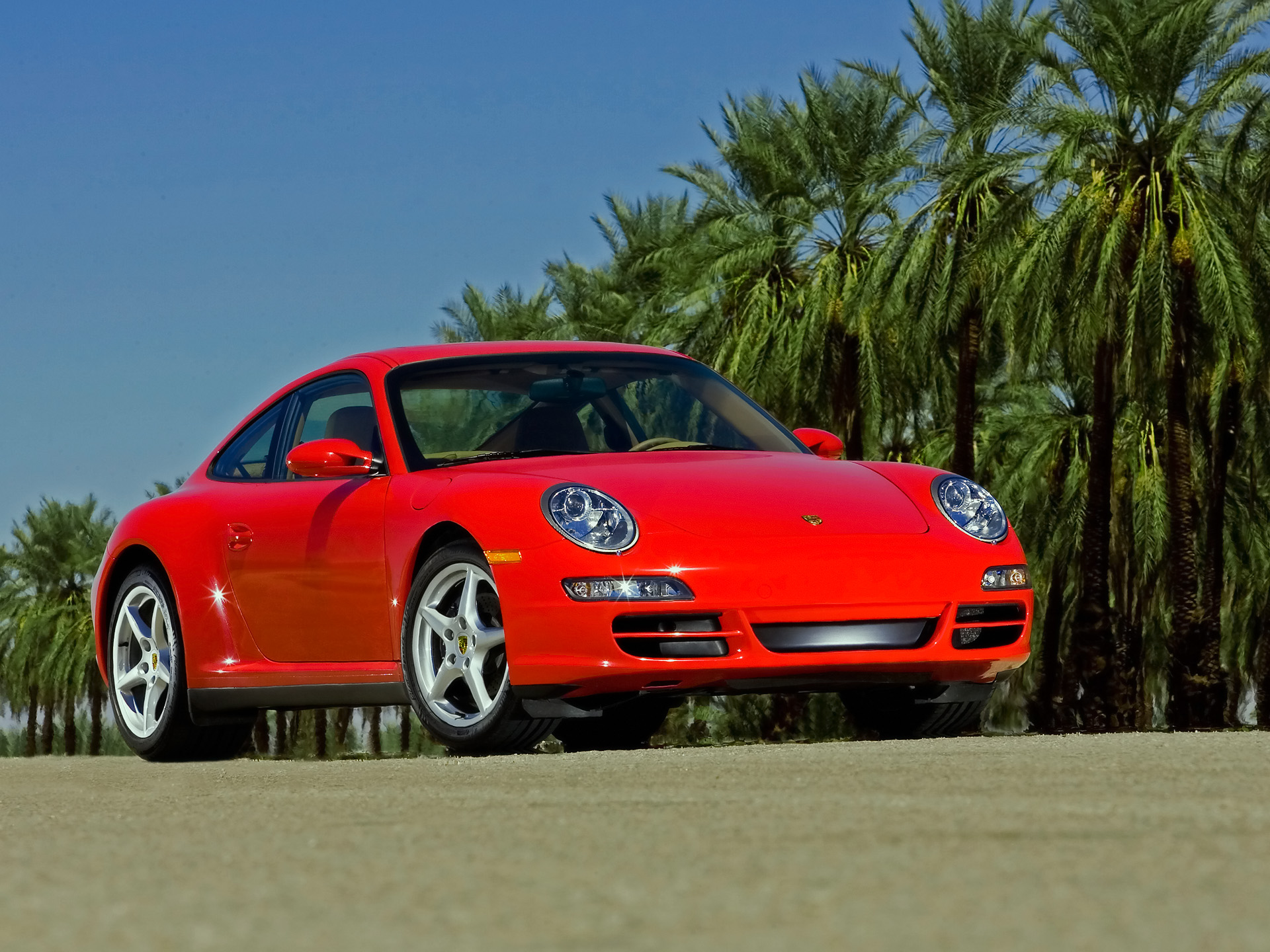 Porsche 911 Carrera 4 photo 44017