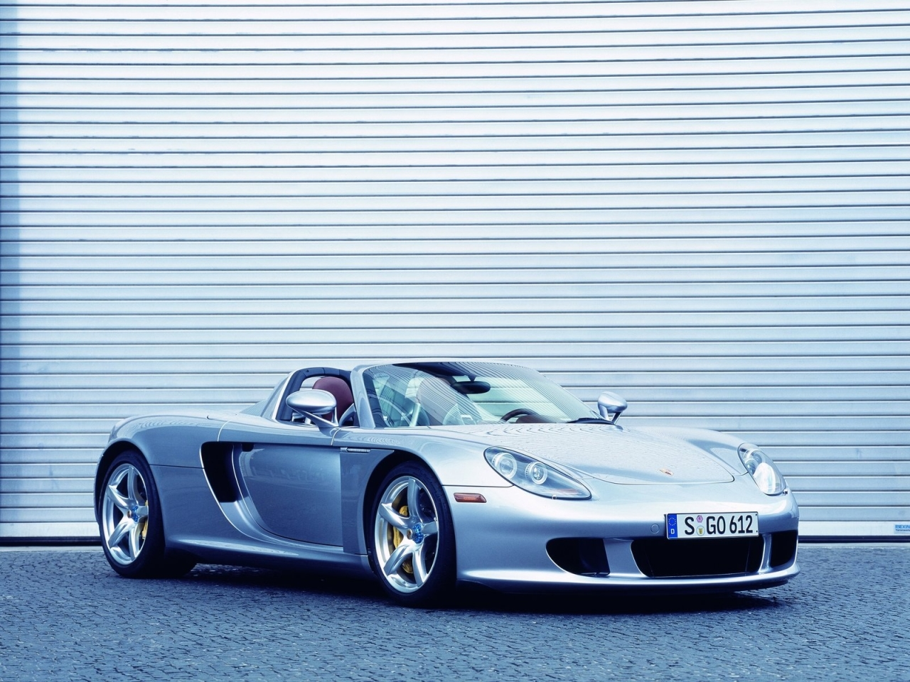 Porsche Carrera GT photo 100327