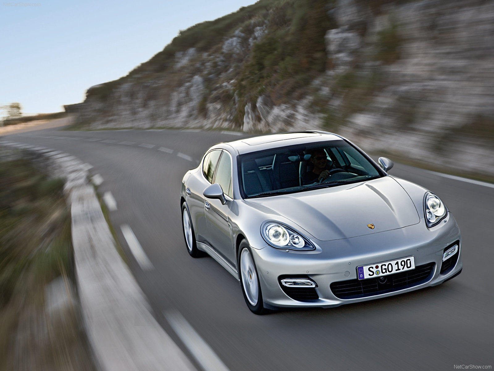 Porsche Panamera Turbo photo 65021